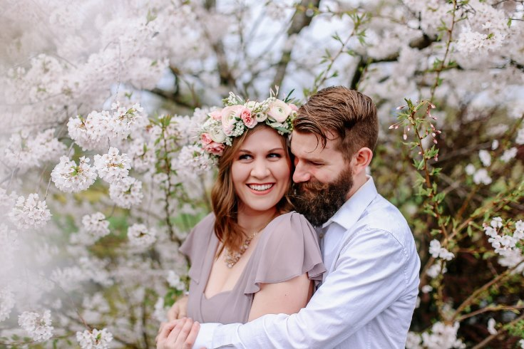 sophisticated floral designs portland oregon wedding florist floral crown halo head wreath blush mauve spotted stills photography (12) (735x490).jpg