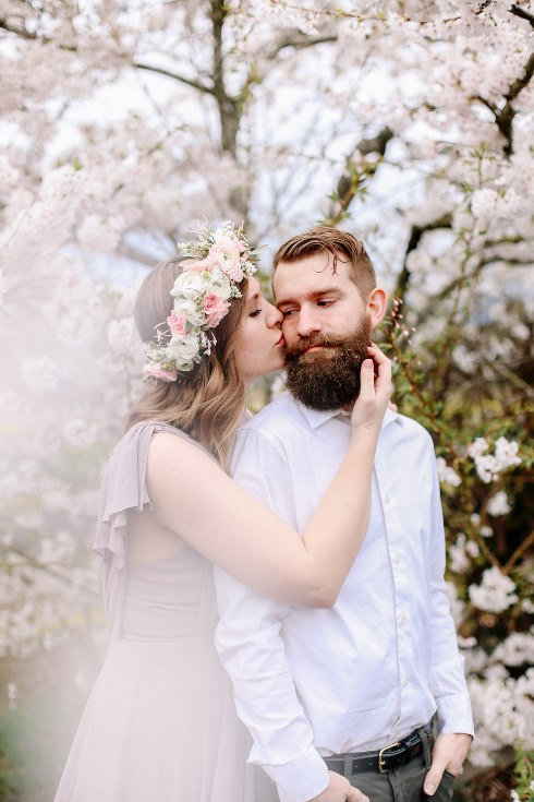sophisticated floral designs portland oregon wedding florist floral crown halo head wreath blush mauve spotted stills photography (32) (490x735).jpg