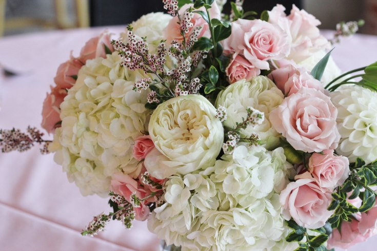 sophisticated floral designs portland oregon wedding event florist baby shower bridal shower flowers blush centerpiece roses hydangea