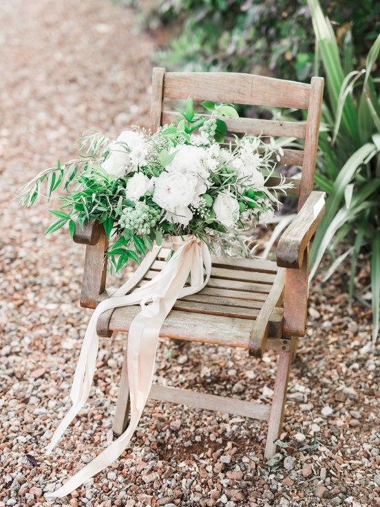 sophisticated floral designs portland oregon wedding florist villa catalana  (14).jpg