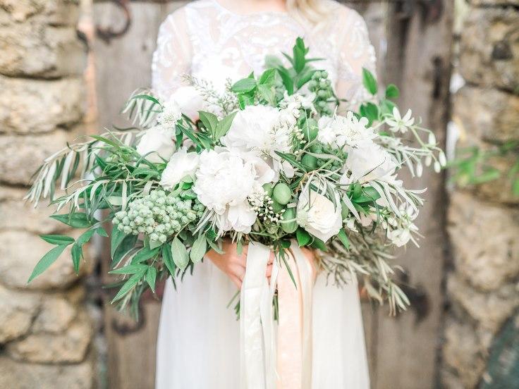 sophisticated floral designs portland oregon wedding florist villa catalana  (24).jpg