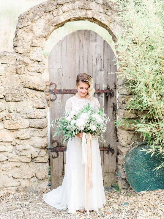 sophisticated floral designs portland oregon wedding florist villa catalana  (25).jpg