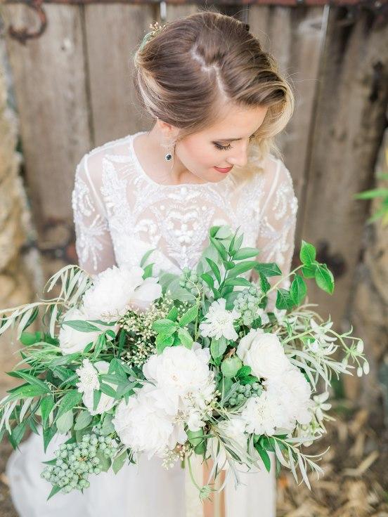 sophisticated floral designs portland oregon wedding florist villa catalana  (28).jpg