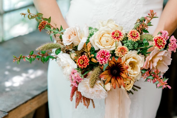 Lauryn Kay Photography  Sophisticated Floral Designs Portland Oregon Wedding Florist Fall Wedding Boquet  (7) (735x491).jpg