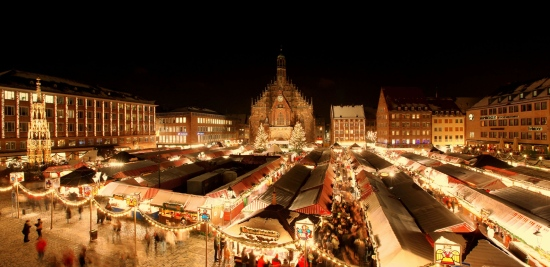 (picture from the Nuremberg Christkindlesmarkt website).