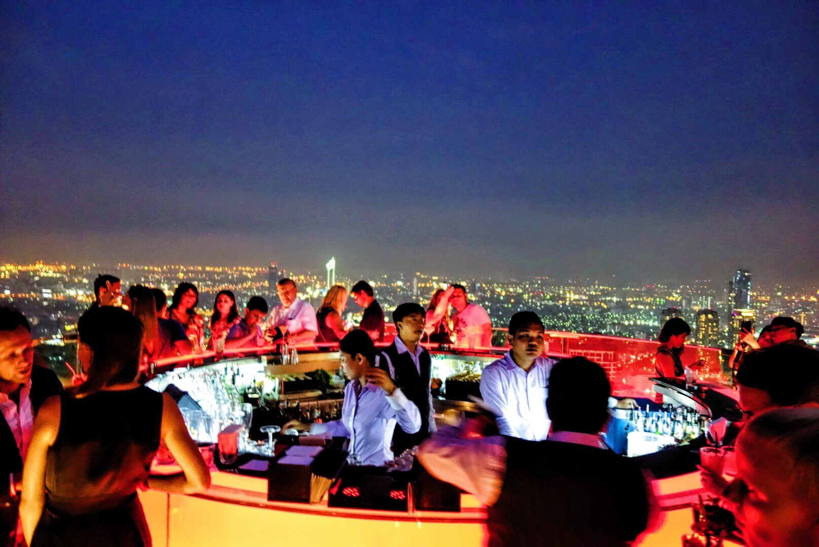 SKY BAR @ IEBUA TOWER