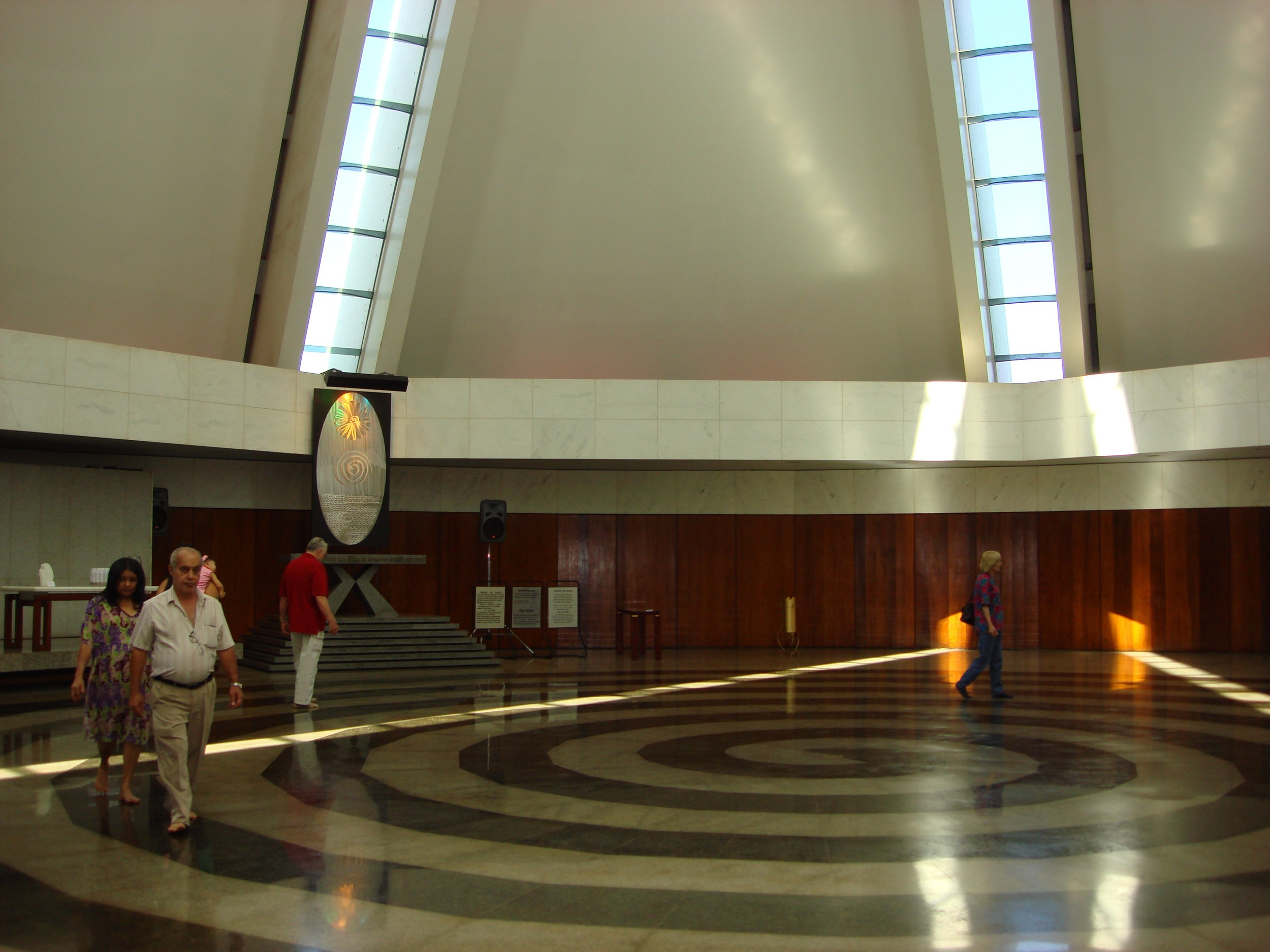 Walking the spiral in the Temple of Good Will