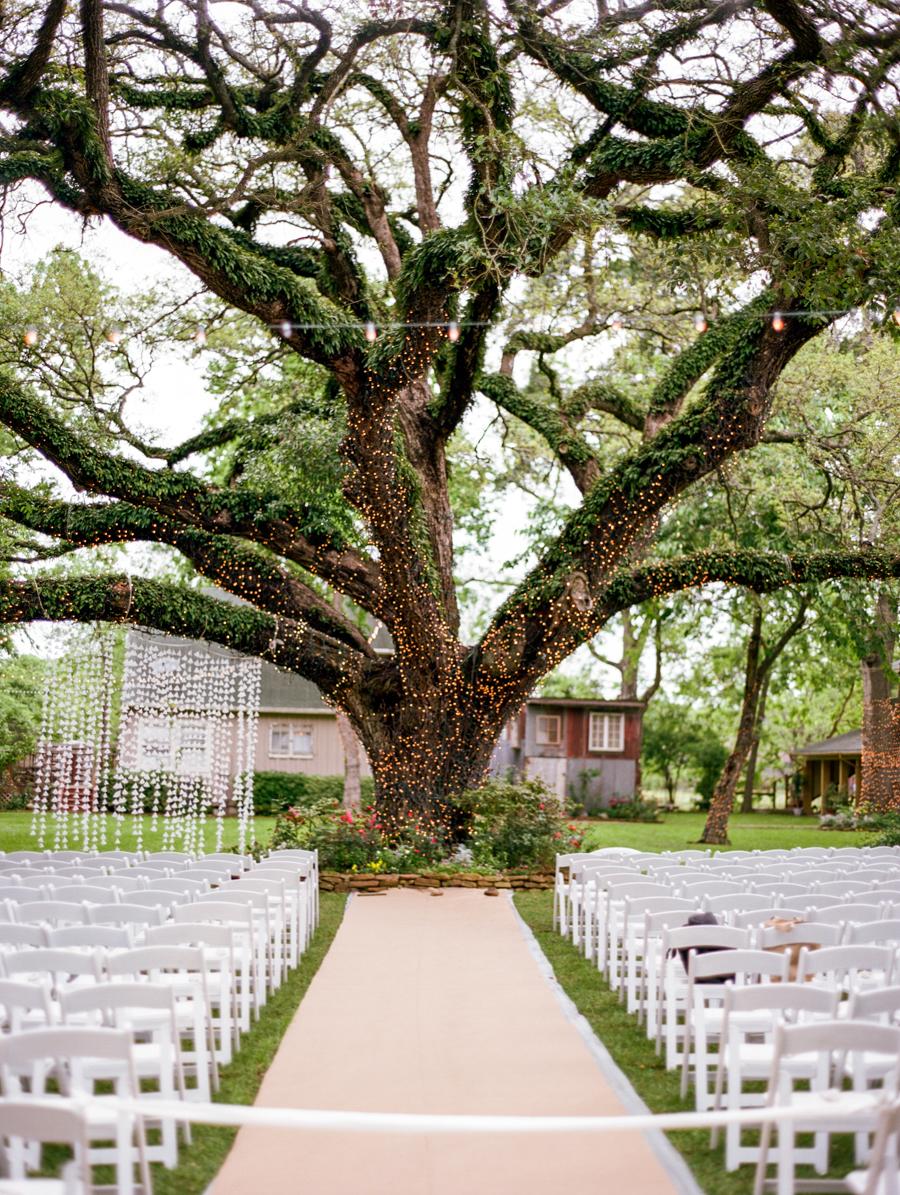 Dana Fernandez Photography Houston Texas Destination Photographer Film Ruffled Blog Wedding Bridal First Look Featured Photography -4.jpg