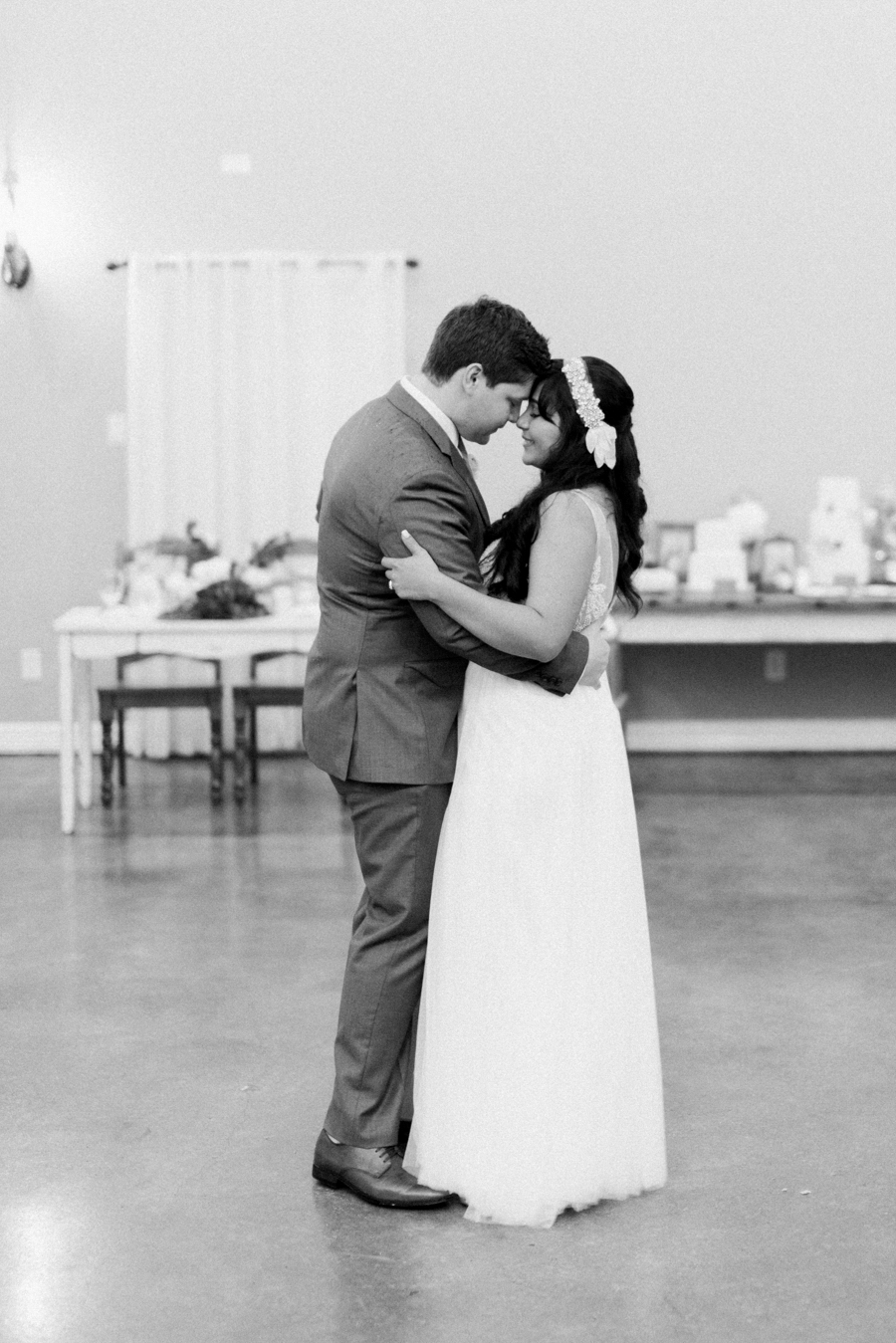 Dana Fernandez Photography Houston Texas Destination Photographer Film Ruffled Blog Wedding Bridal First Look Featured Photography -27.jpg