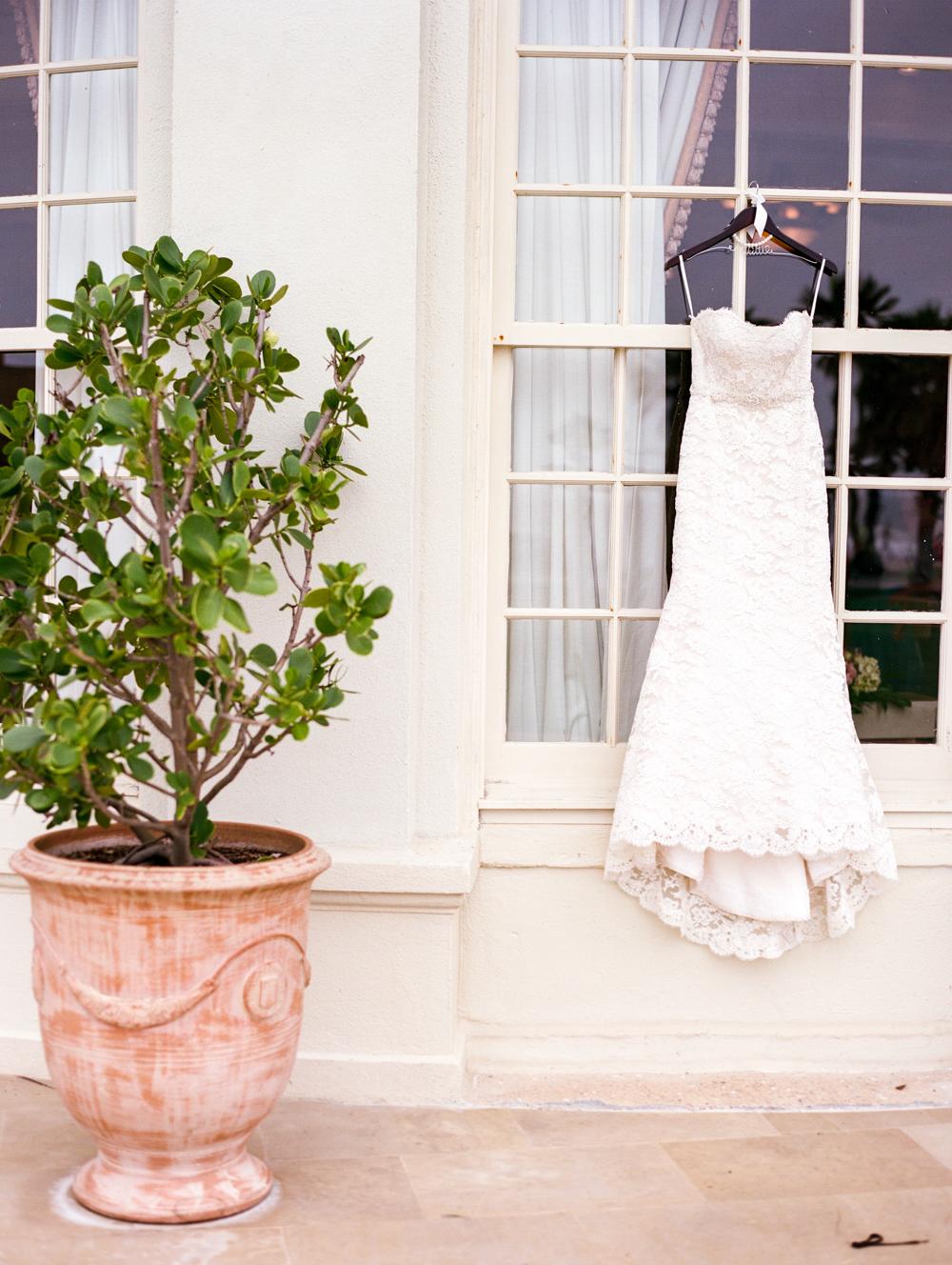 Dana Fernandez Photography Houston Galveston Wedding Photographer Destination Hotel Galvez Film-4.jpg