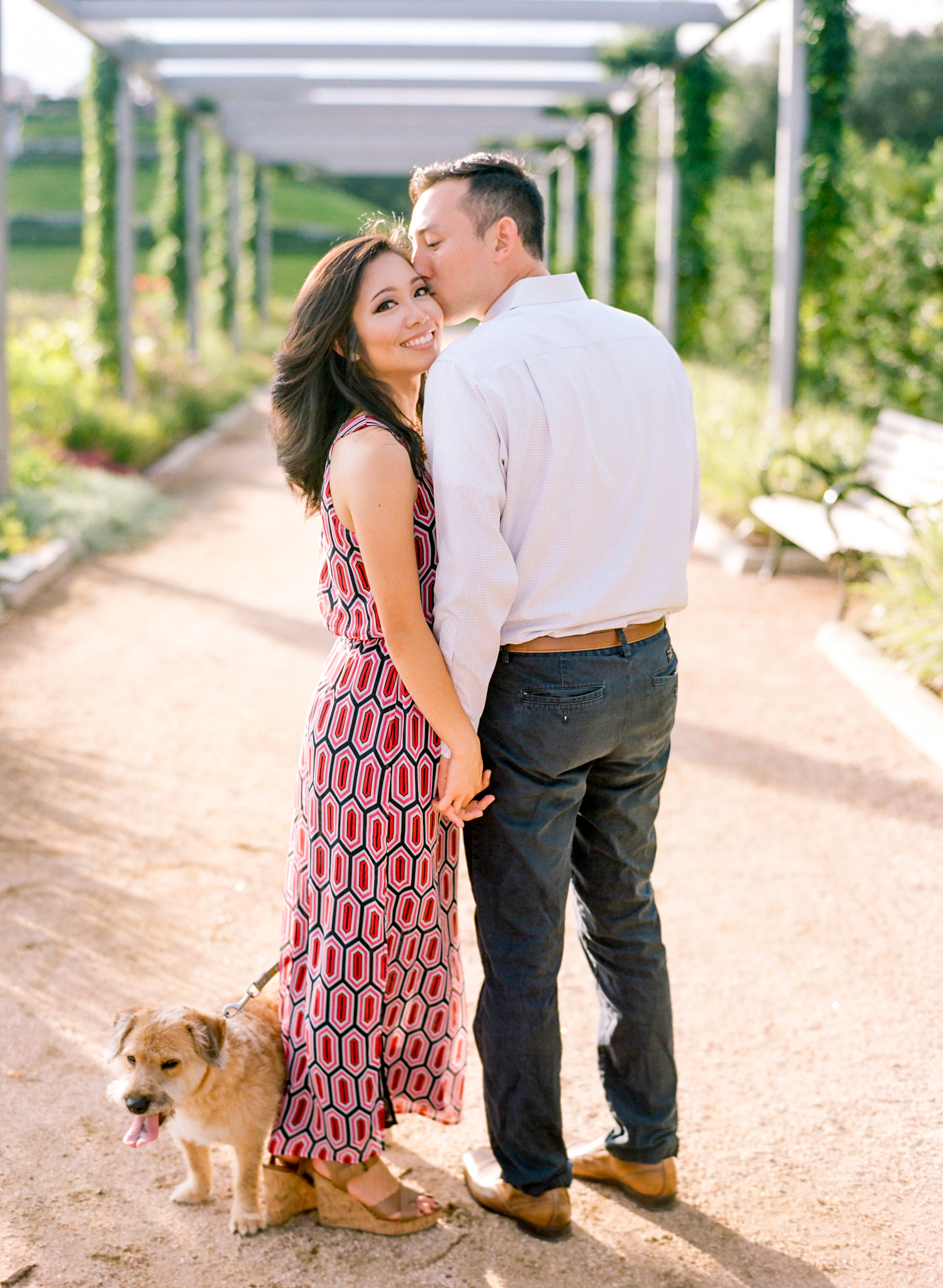 Dana-Fernandez-Photography-Houston-Wedding-Photographer-Engagements-Style-Me-Pretty-Film-Destination-Texas-4.jpg