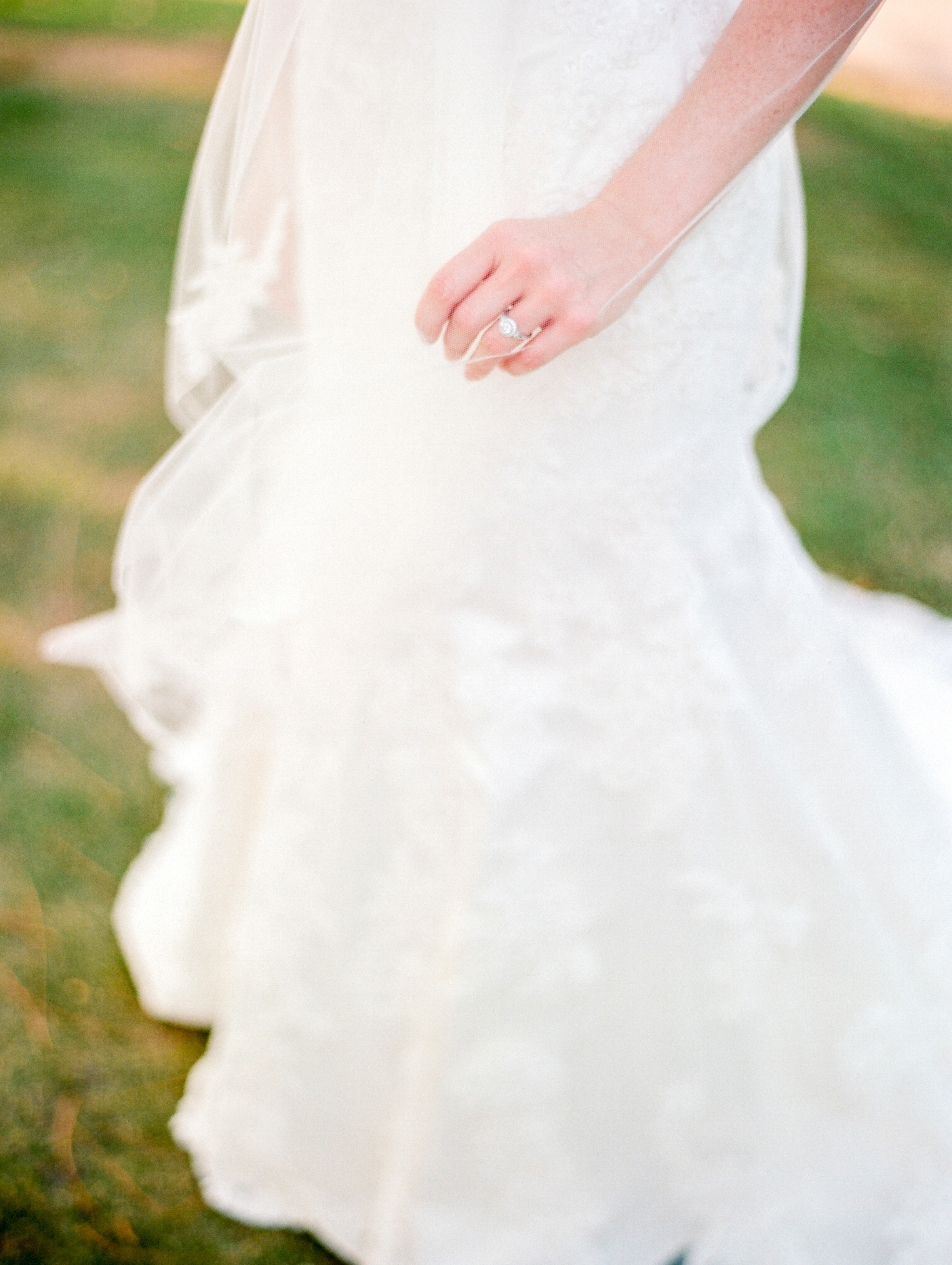 Dana-Fernandez-Photography-Film-Wedding-Photography-Houston-Bridals-Houston-Country-Club-Photographer-8.jpg