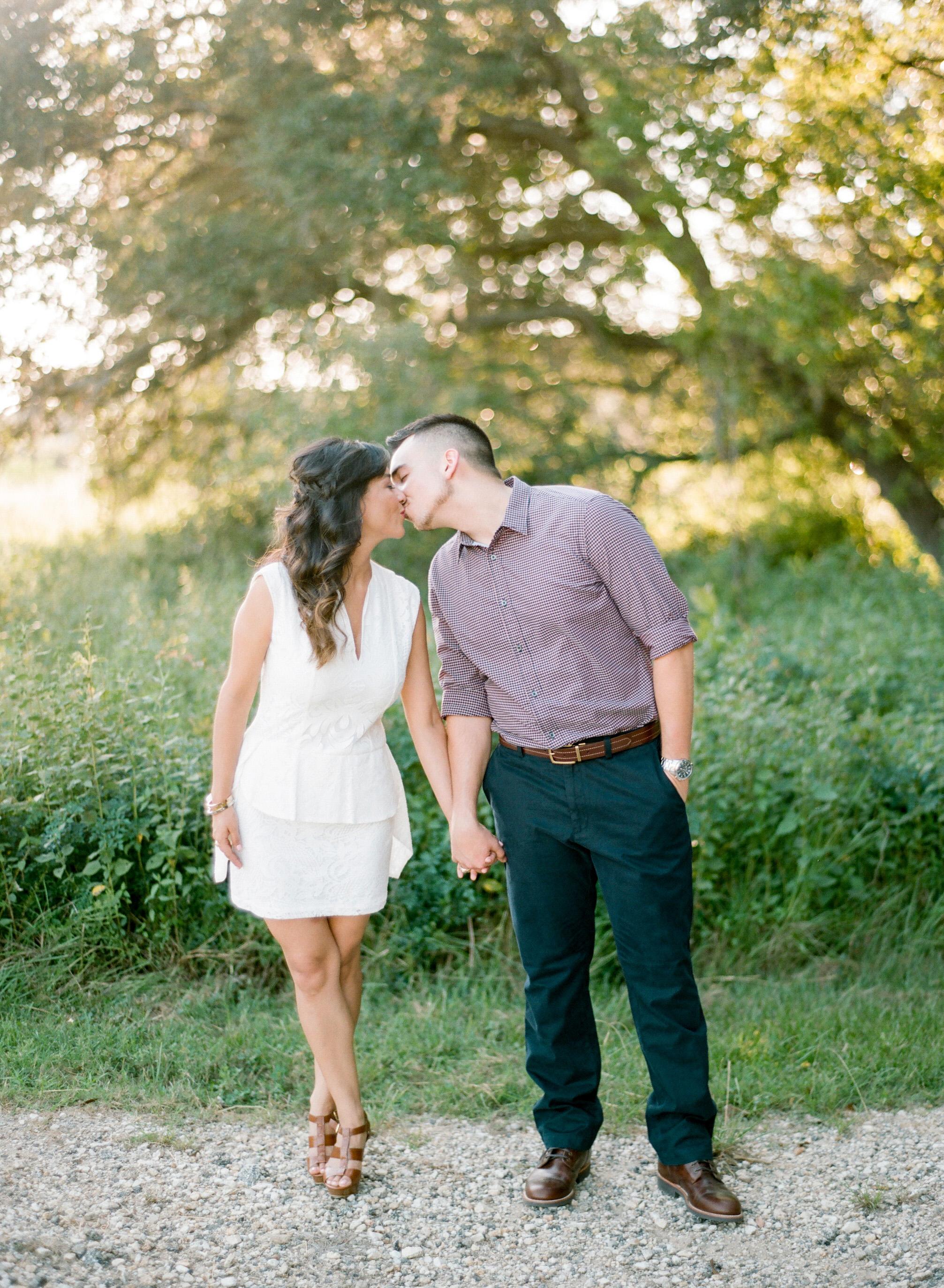 Dana-Fernandez-Photography-Houston-Wedding-Photographer-Film-Style-Me-Pretty-3.jpg