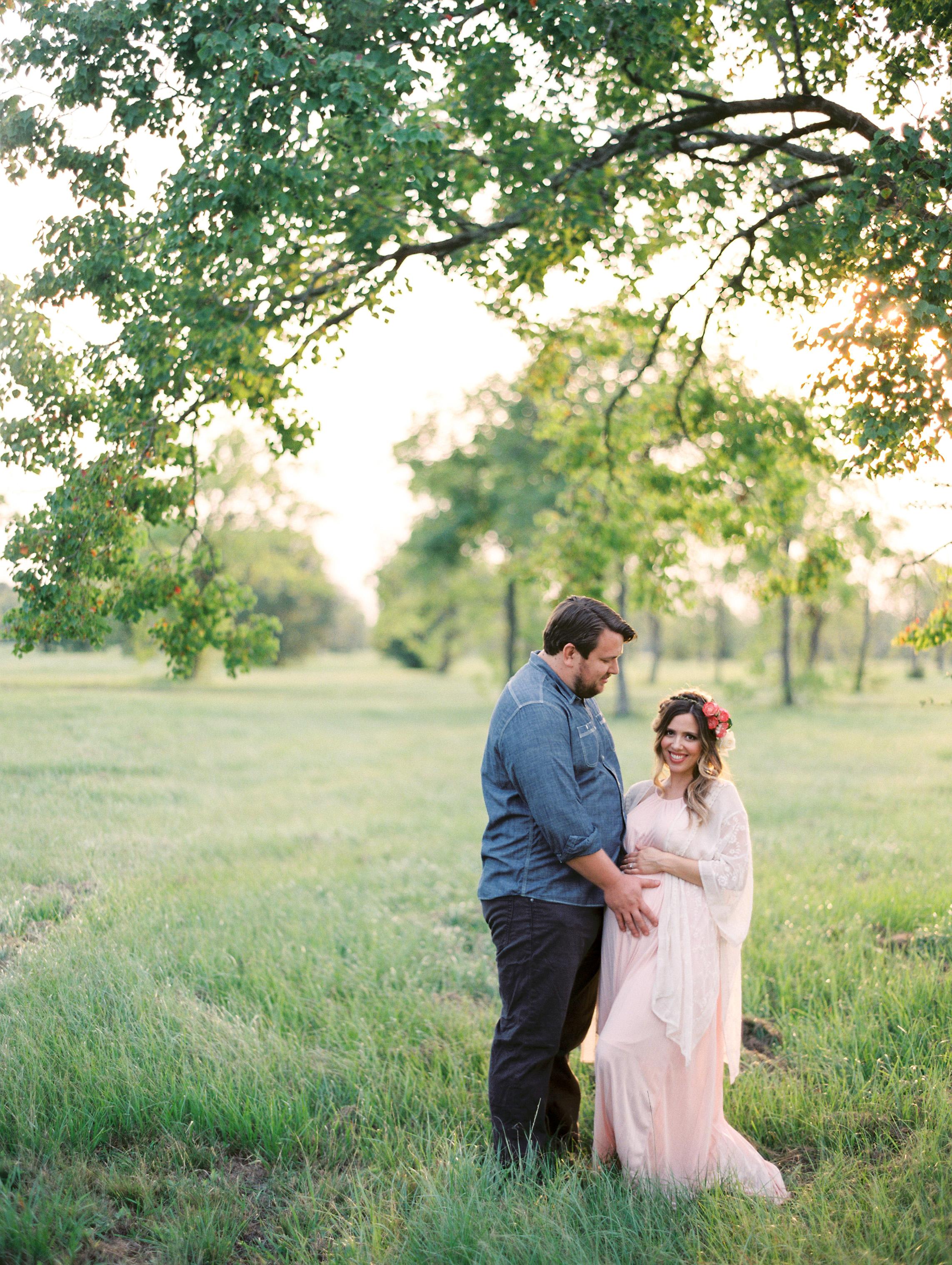 Dana-Fernandez-Photography-Houston-Maternity-Family-Portrait-Photographer-Film-11.jpg
