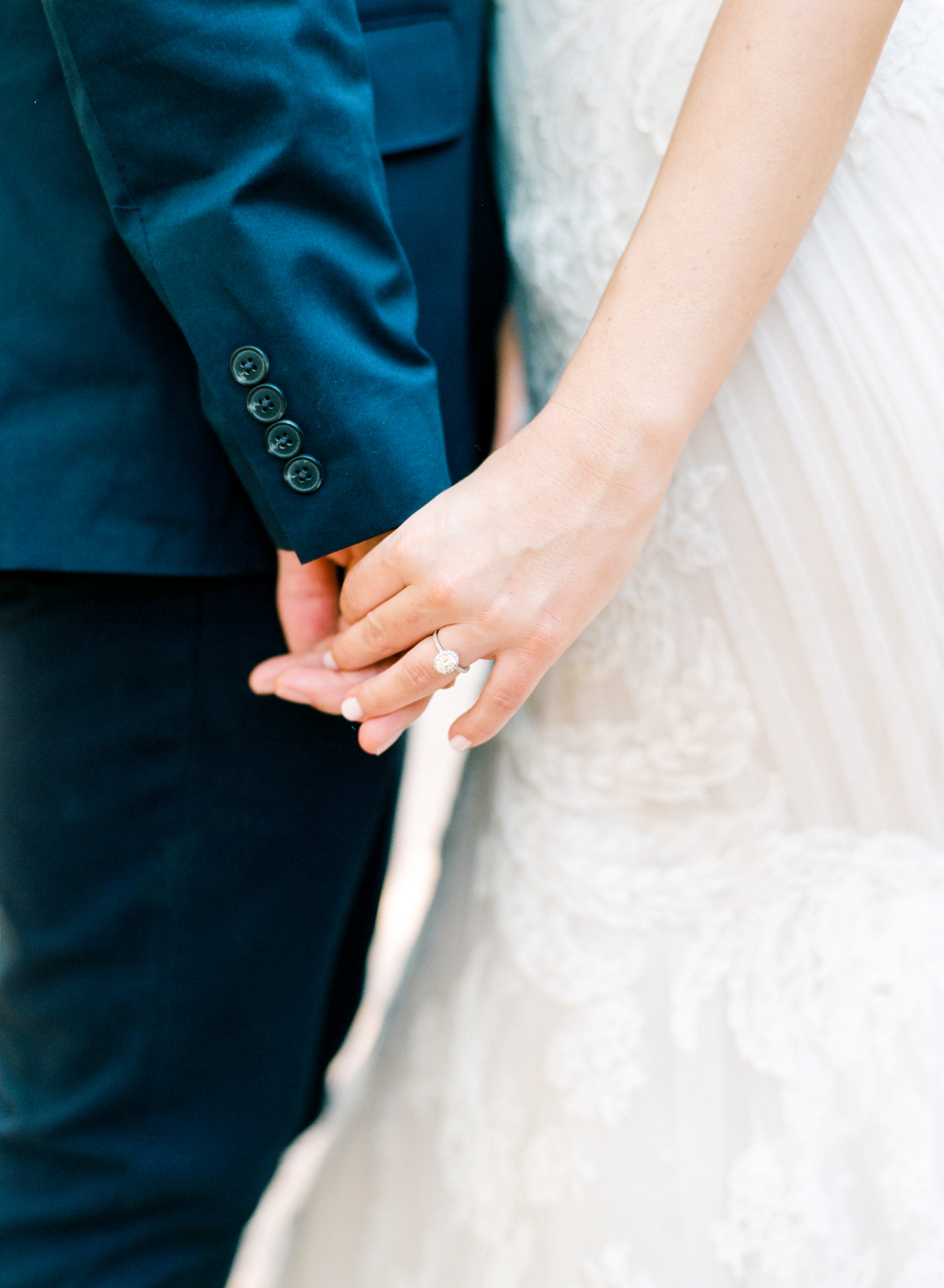 dana-fernandez-photography-the-wedding-chicks-film-houston-wedding-photography-destination-17.jpg