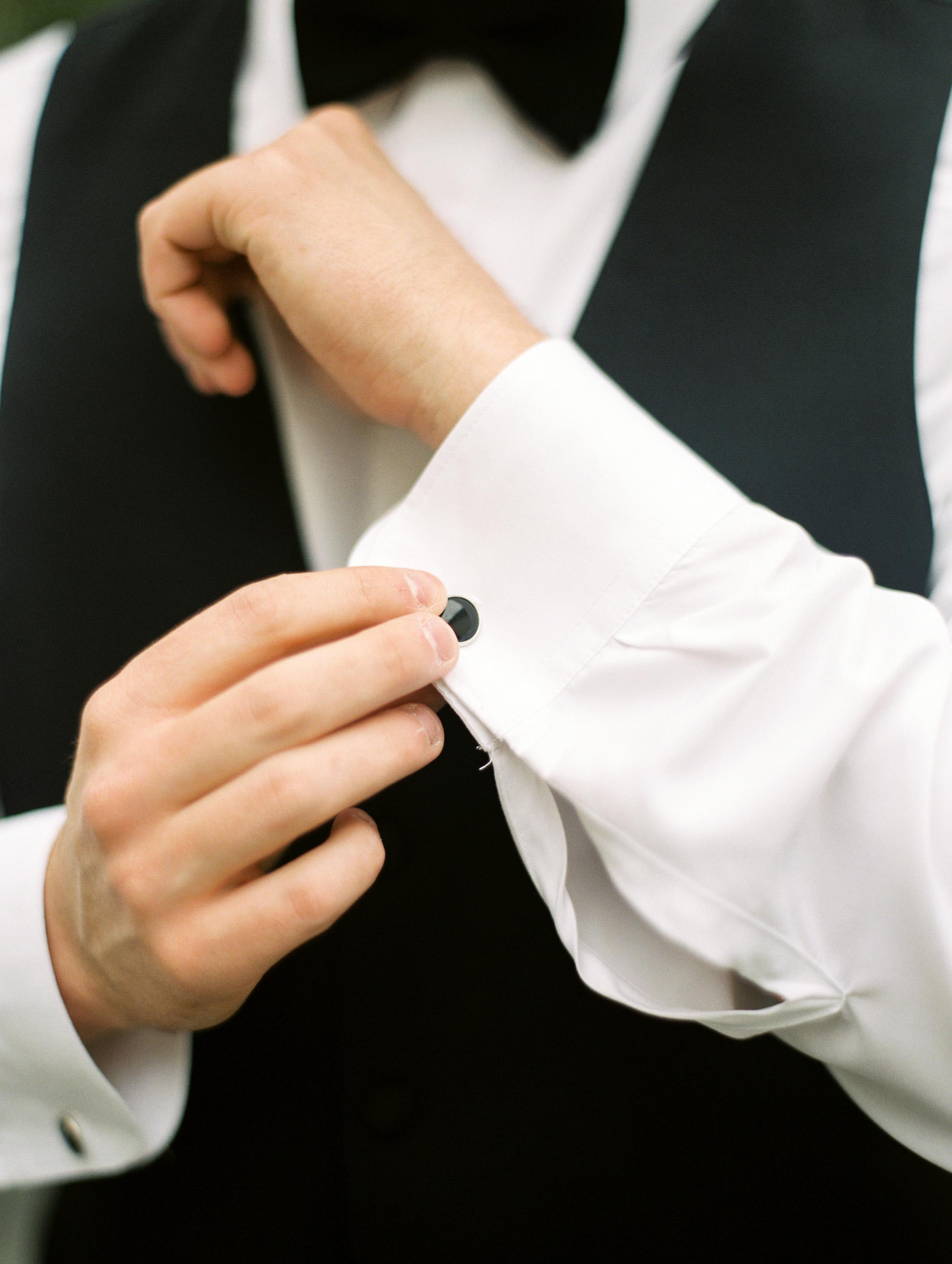 Dana-Fernandez-Photography-Weddings-in-Houston-Magazine-feature-Houston-wedding-photographer-film-15.jpg