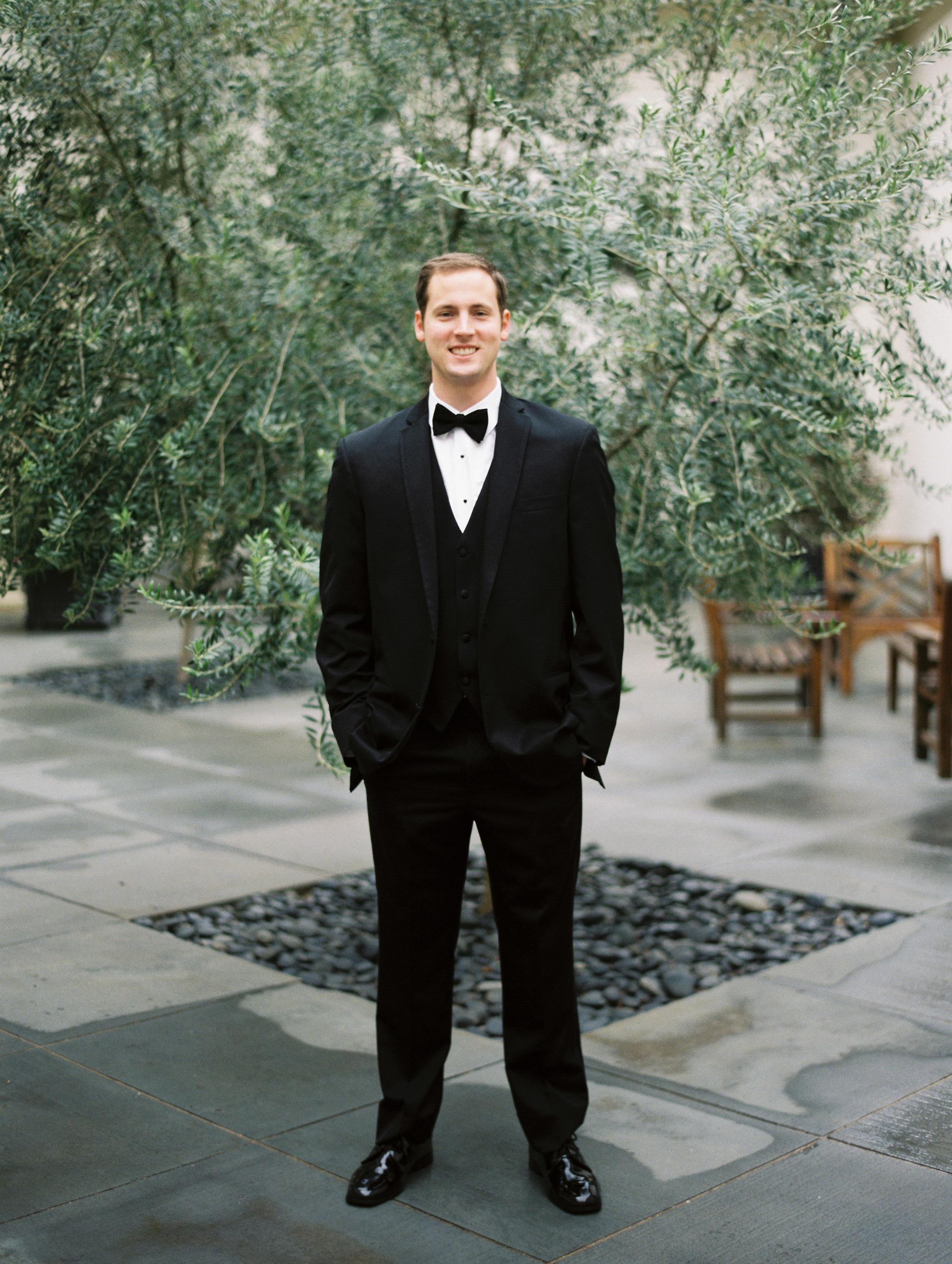Dana-Fernandez-Photography-Weddings-in-Houston-Magazine-feature-Houston-wedding-photographer-film-16.jpg