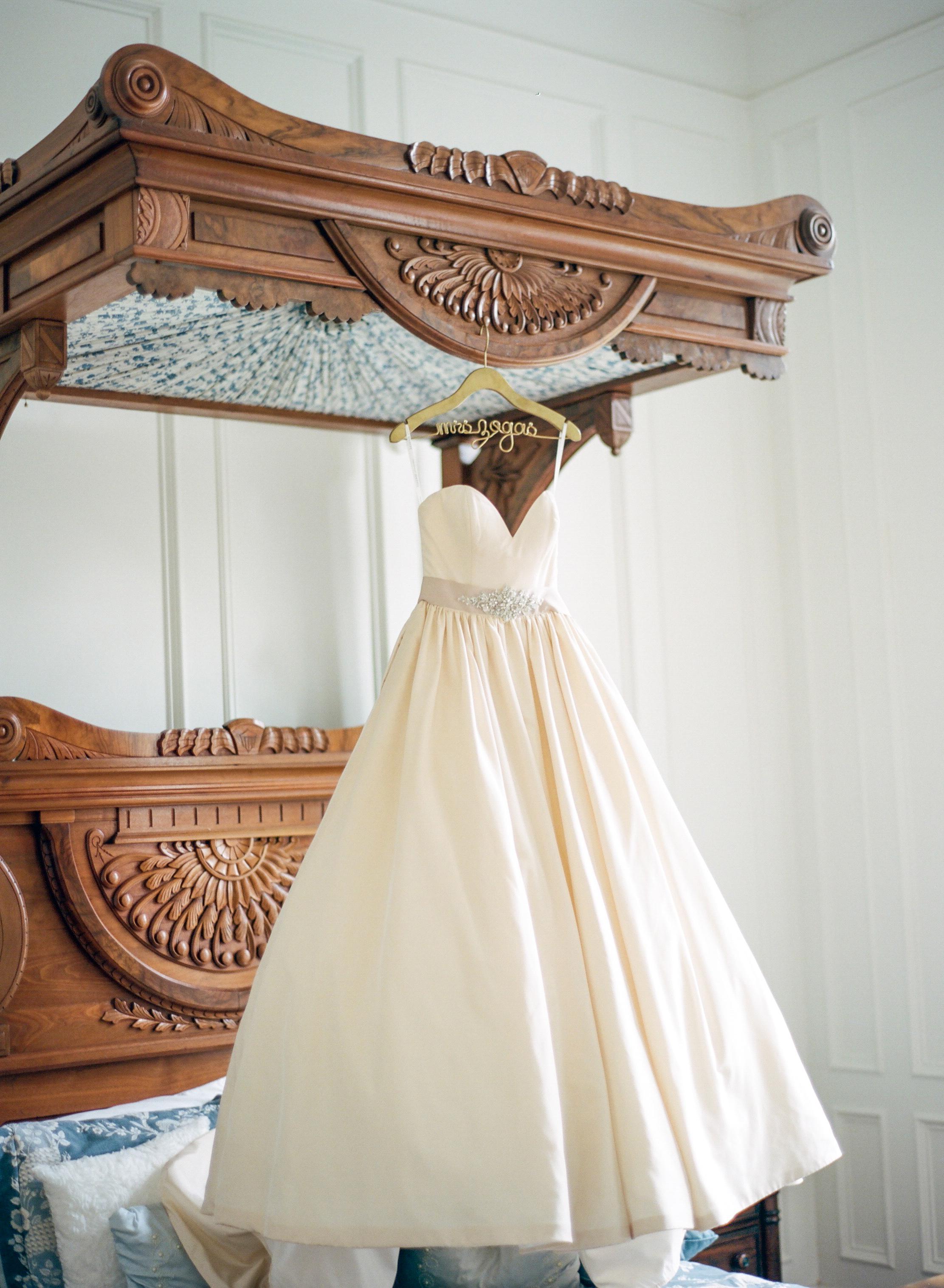 Dana-Fernandez-Photography-Houston-Wedding-Photographer-Style-Me-Pretty-Film-Texas-Destination-Photographer-3.jpg