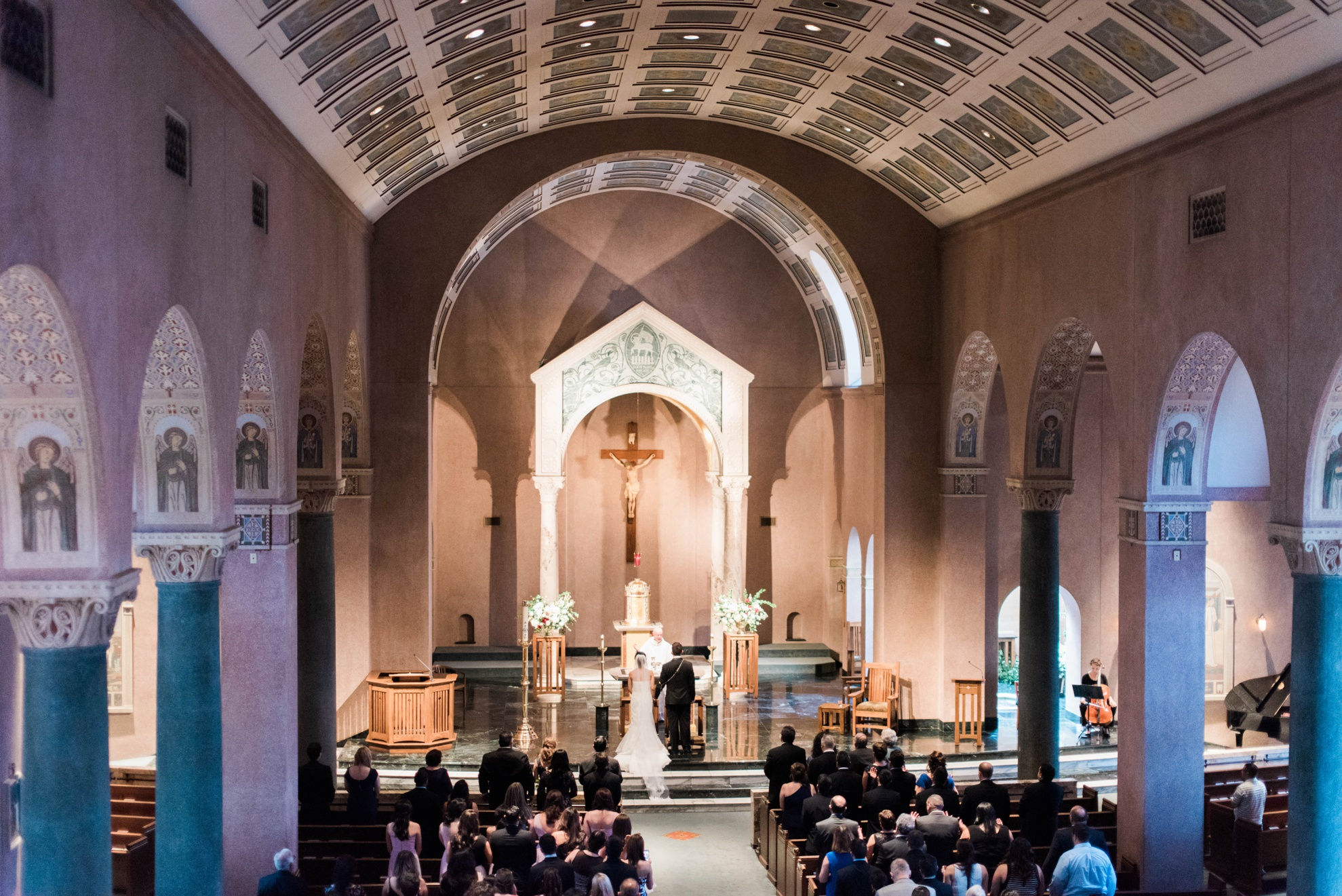 St.-Anne-Catholic-Church-Wedding-Houston-Ceremony-Photographer-Dana-Fernandez-Photography-2.jpg