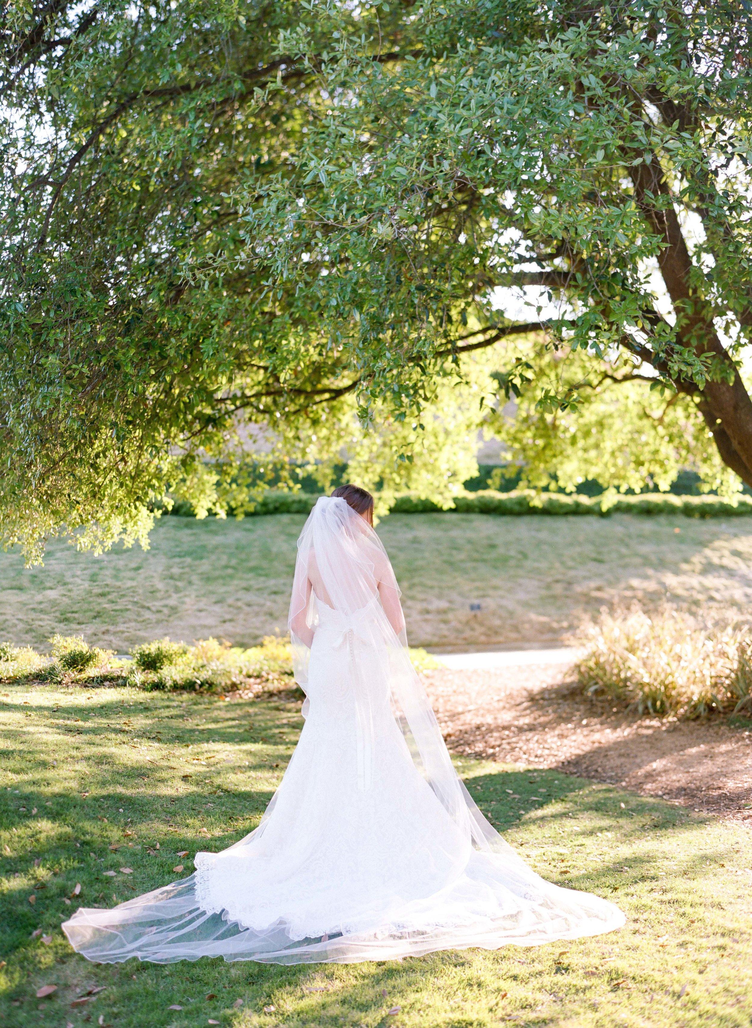 Houston-Wedding-Photographer-Film-Fine-Art-Bridals-Dana Fernandez-Photography-9.jpg