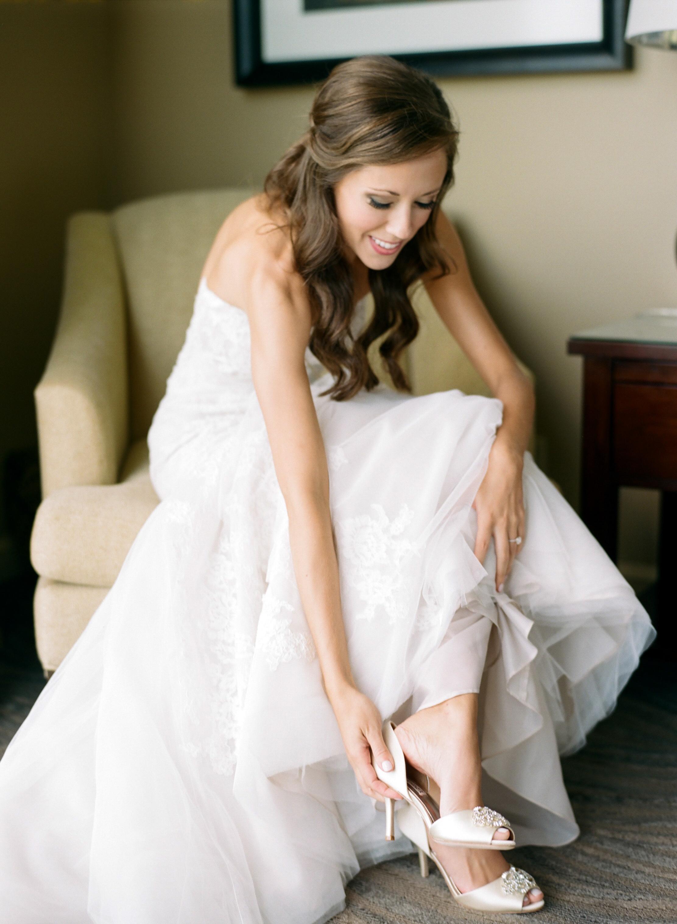 St.-Philip-Presbyterian-Church-Houston-Wedding-Ceremony-The-Junior-League-Of-Houston-Reception-Dana-Fernandez-Photography-Fine-Art-Film-5.jpg