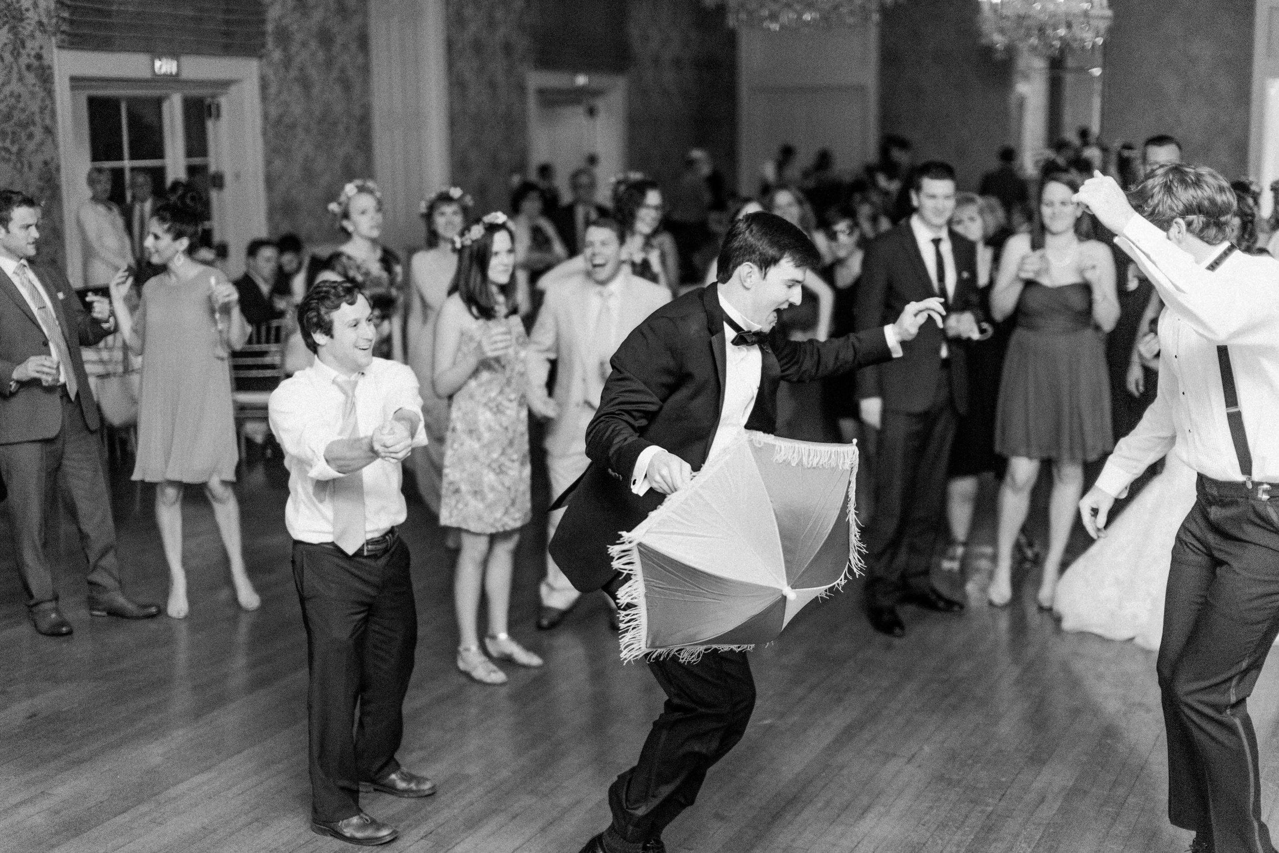 St.-Philip-Presbyterian-Church-Houston-Wedding-Ceremony-The-Junior-League-Of-Houston-Reception-Dana-Fernandez-Photography-Fine-Art-Film-33.jpg