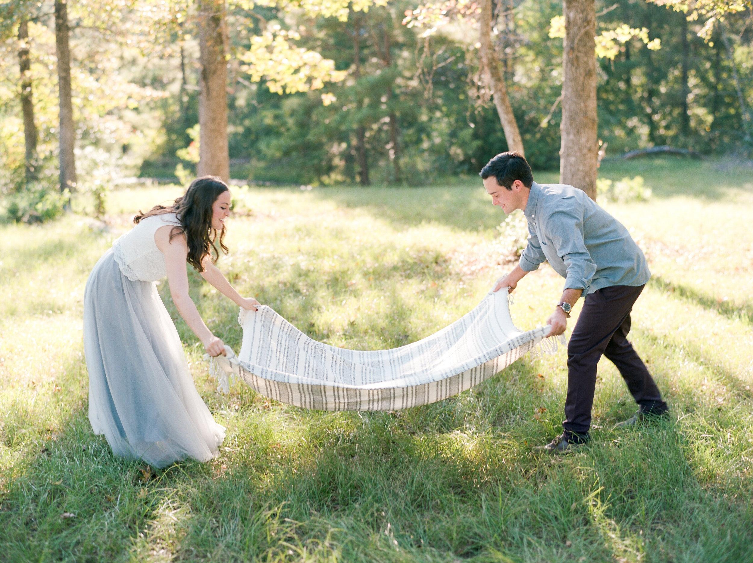 houston-wedding-photographer-college-station-austin-the-woodlands-film-photography-style-me-pretty-engagements-dana-fernandez-photography-5.jpg