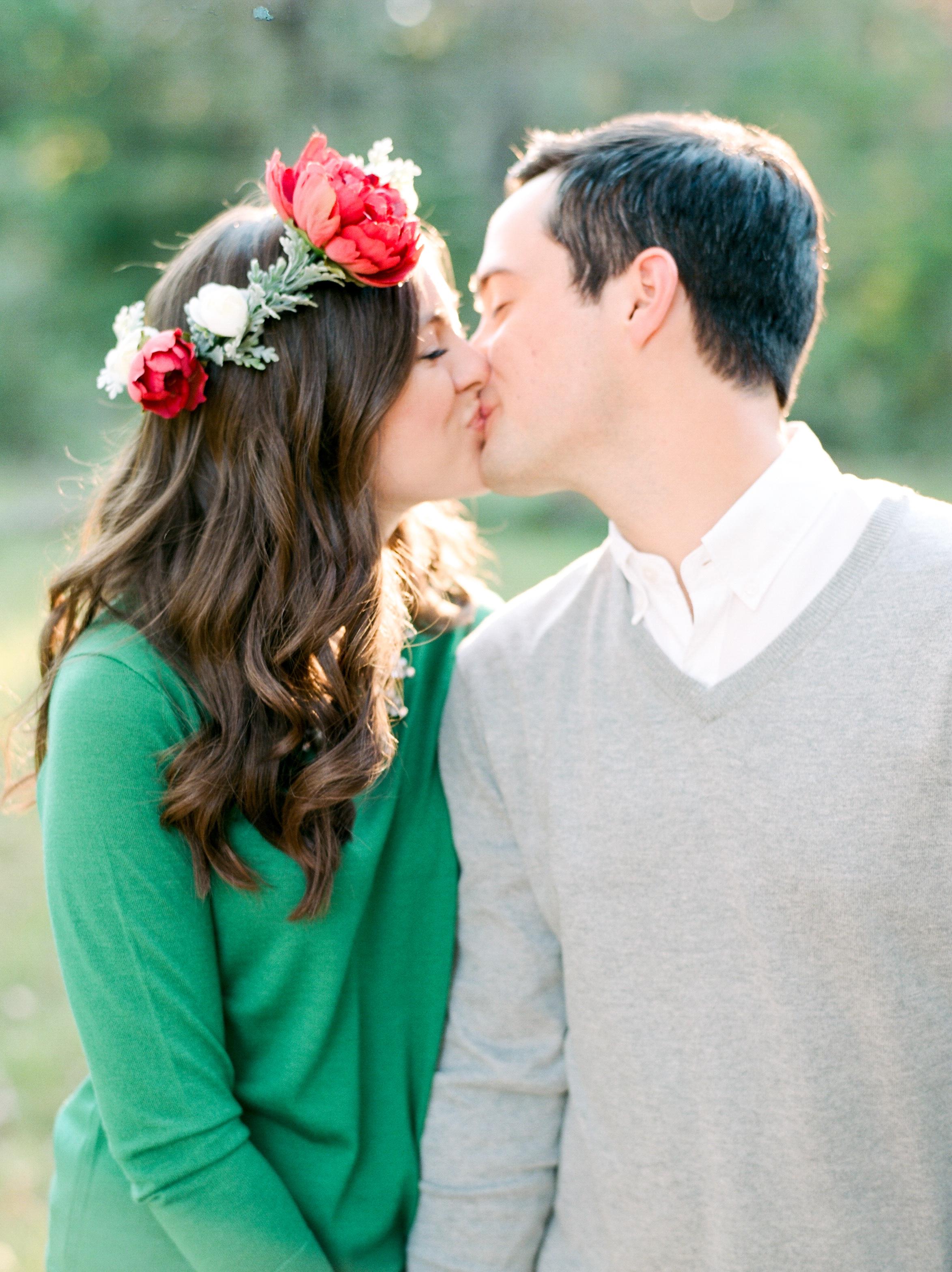 houston-wedding-photographer-college-station-austin-the-woodlands-film-photography-style-me-pretty-engagements-dana-fernandez-photography-17.jpg