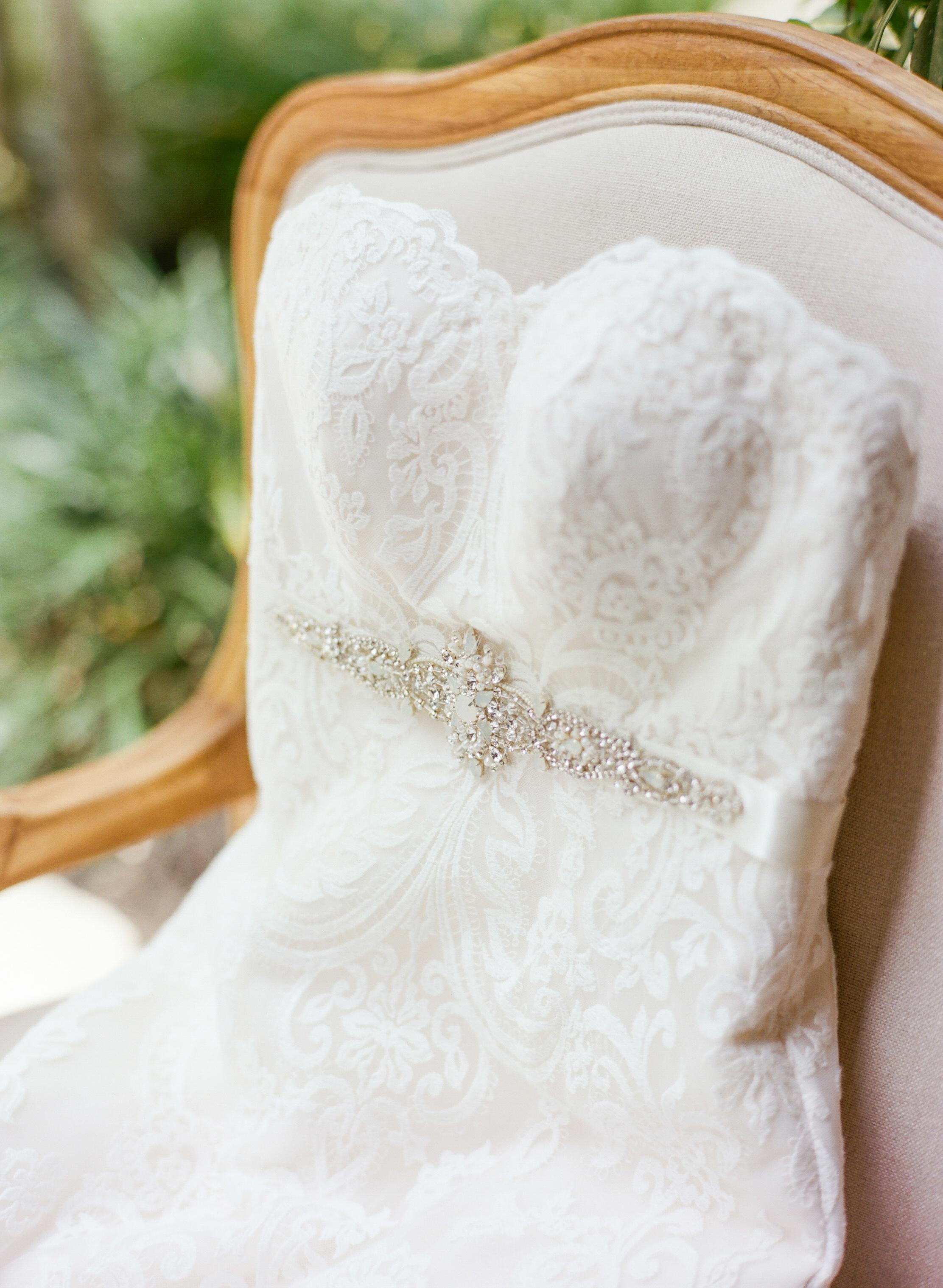 The-Knot-Wedding-Houston-Photographer-Fine-Art-Dana-Fernandez-Photography-Film-2.jpg