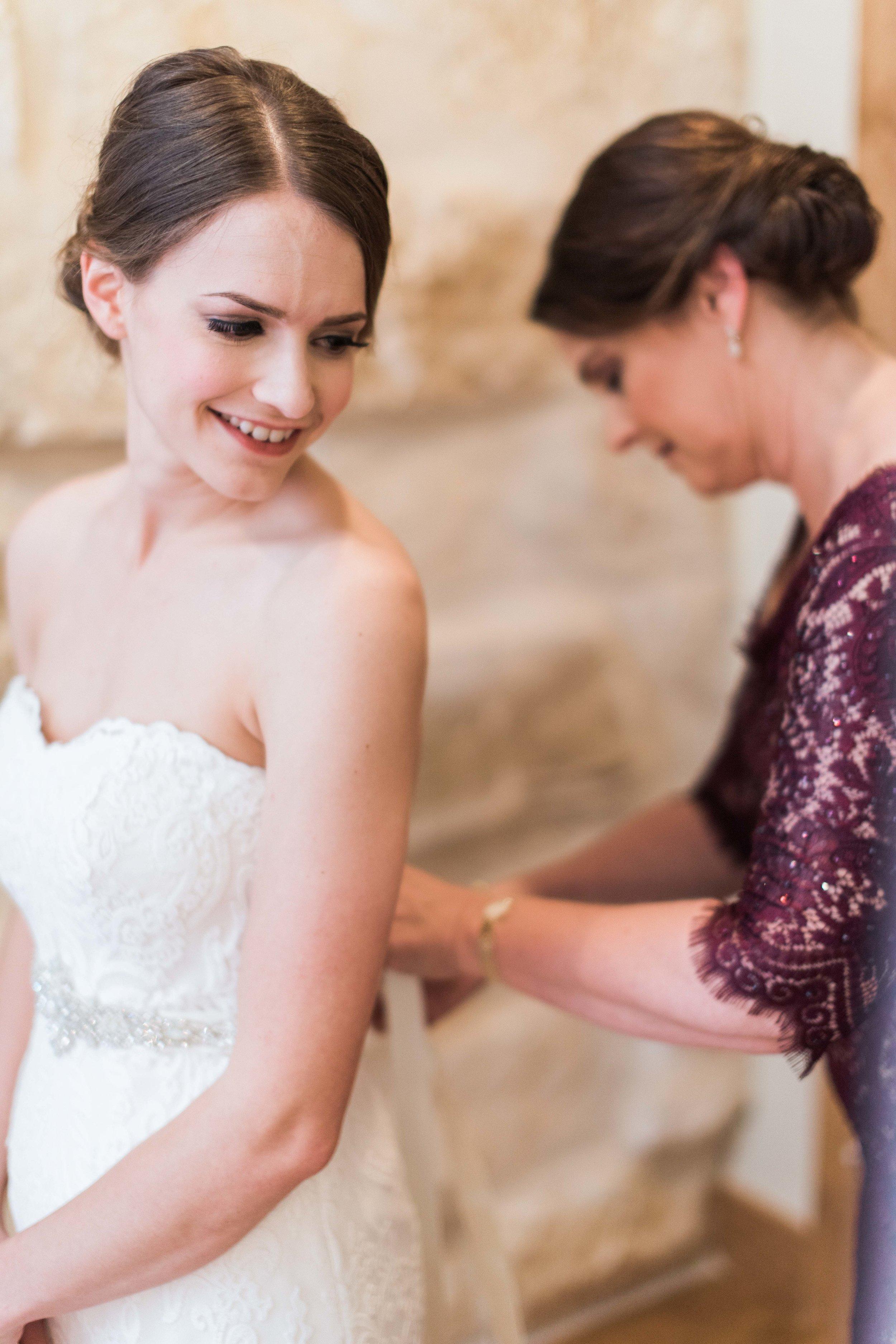 The-Knot-Wedding-Houston-Photographer-Fine-Art-Dana-Fernandez-Photography-Film-5.jpg