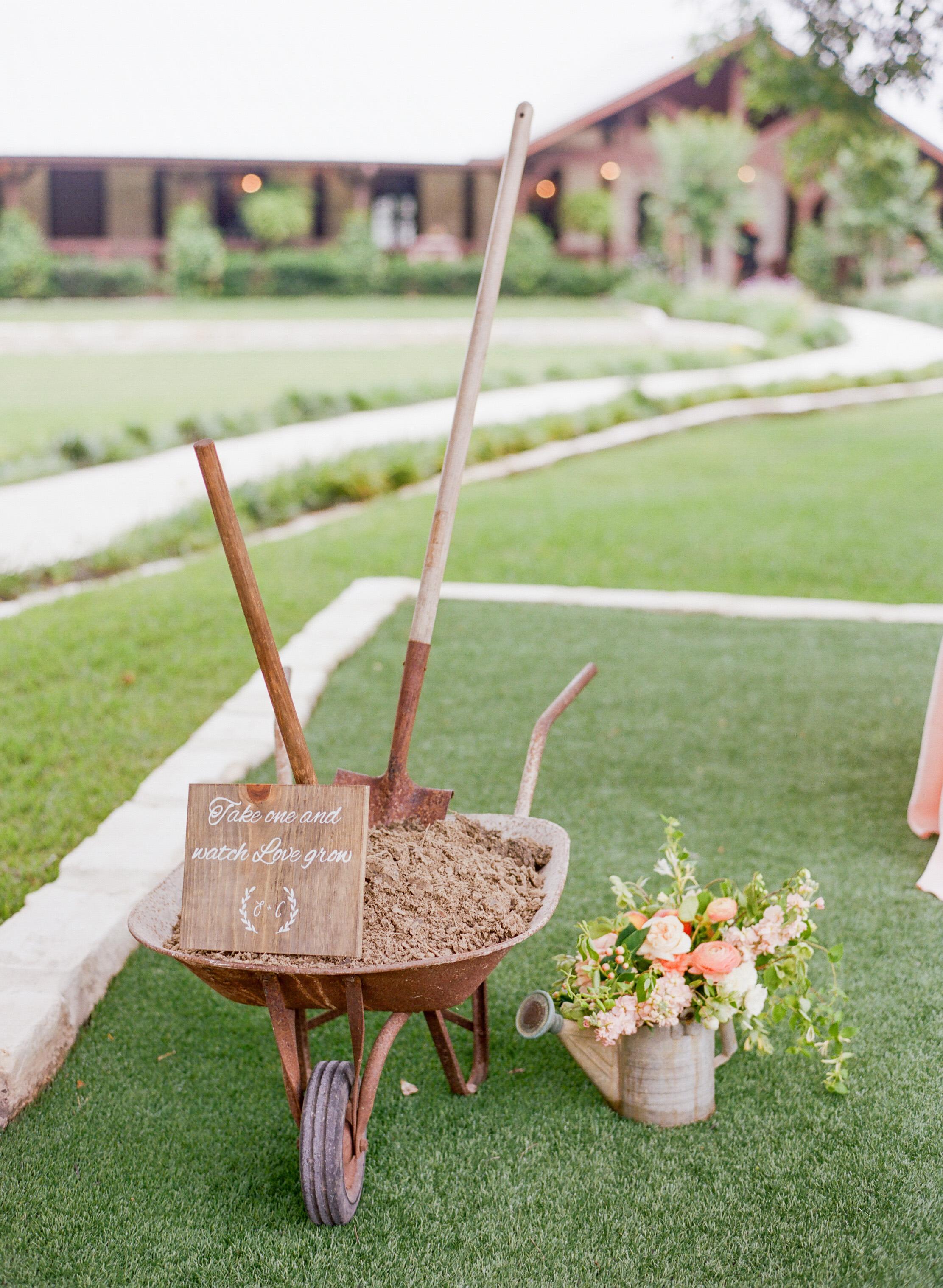 The-Knot-Wedding-Houston-Photographer-Fine-Art-Dana-Fernandez-Photography-Film-6 copy.jpg