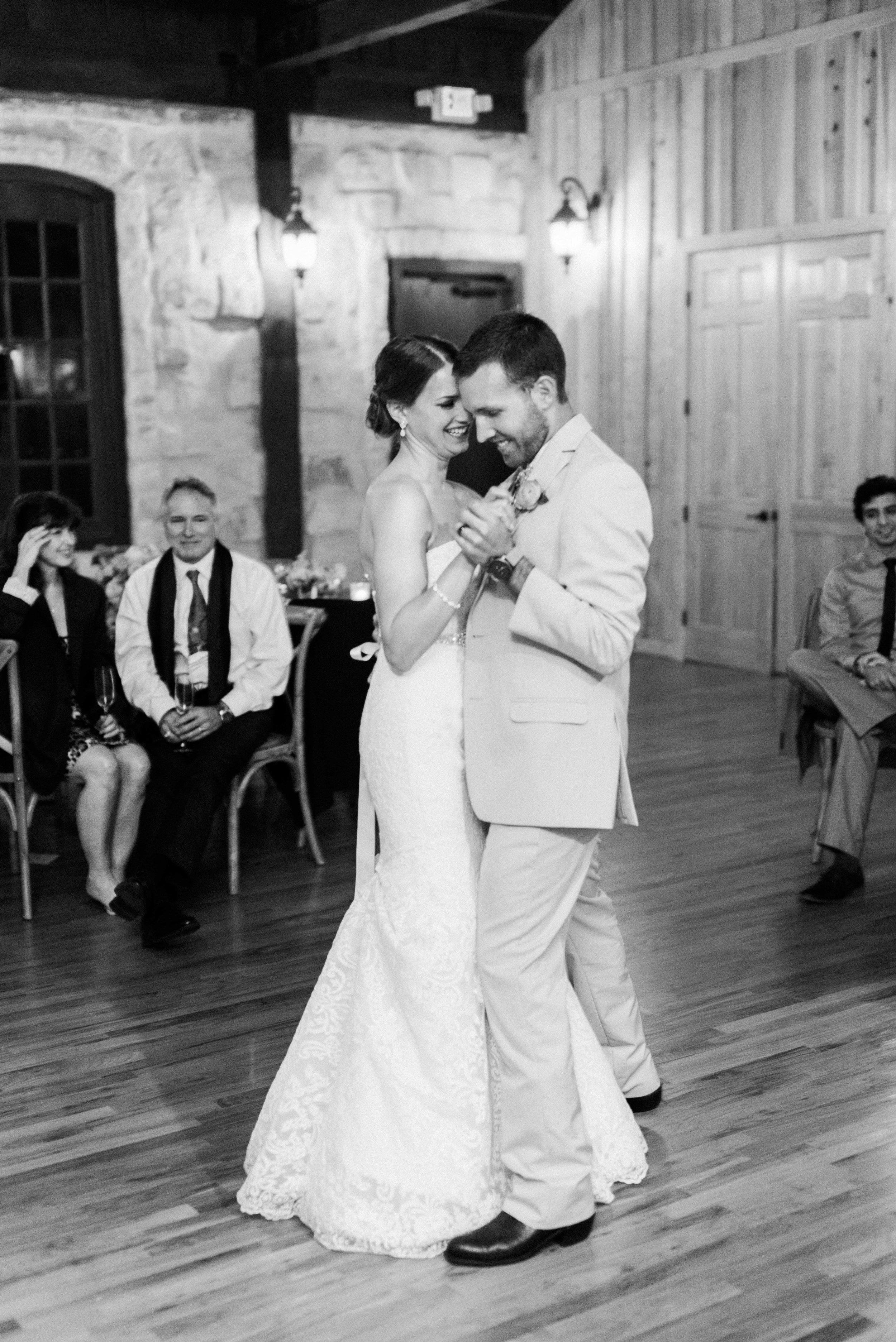 The-Knot-Wedding-Houston-Photographer-Fine-Art-Dana-Fernandez-Photography-Film-33.jpg