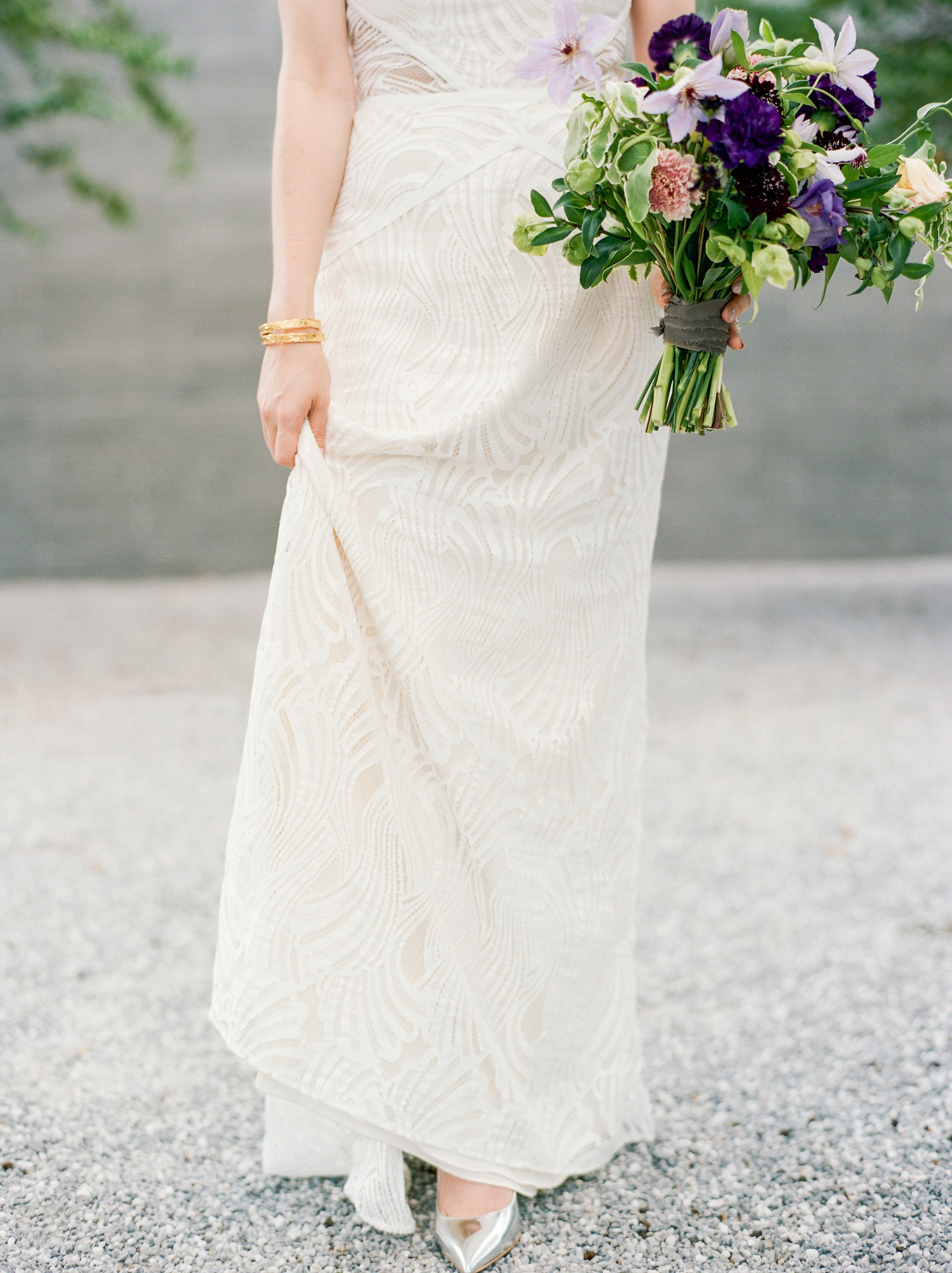 mcgovern-centennial-gardens-wedding-houston-wedding-photographer-bridals-film-austin-wedding-photographer-10.jpg