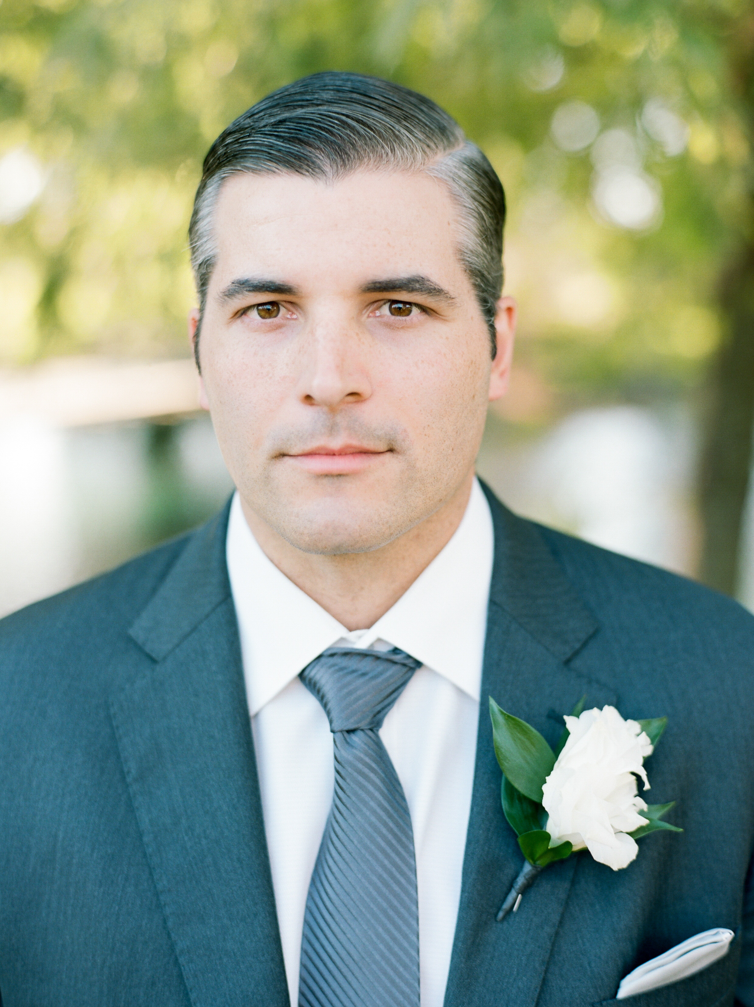 Houston-Wedding-Photographer-Lakeside-Country-Club-First-Look-Bride-Groom-Formals-Film-Fine-Art-Photography-16.jpg