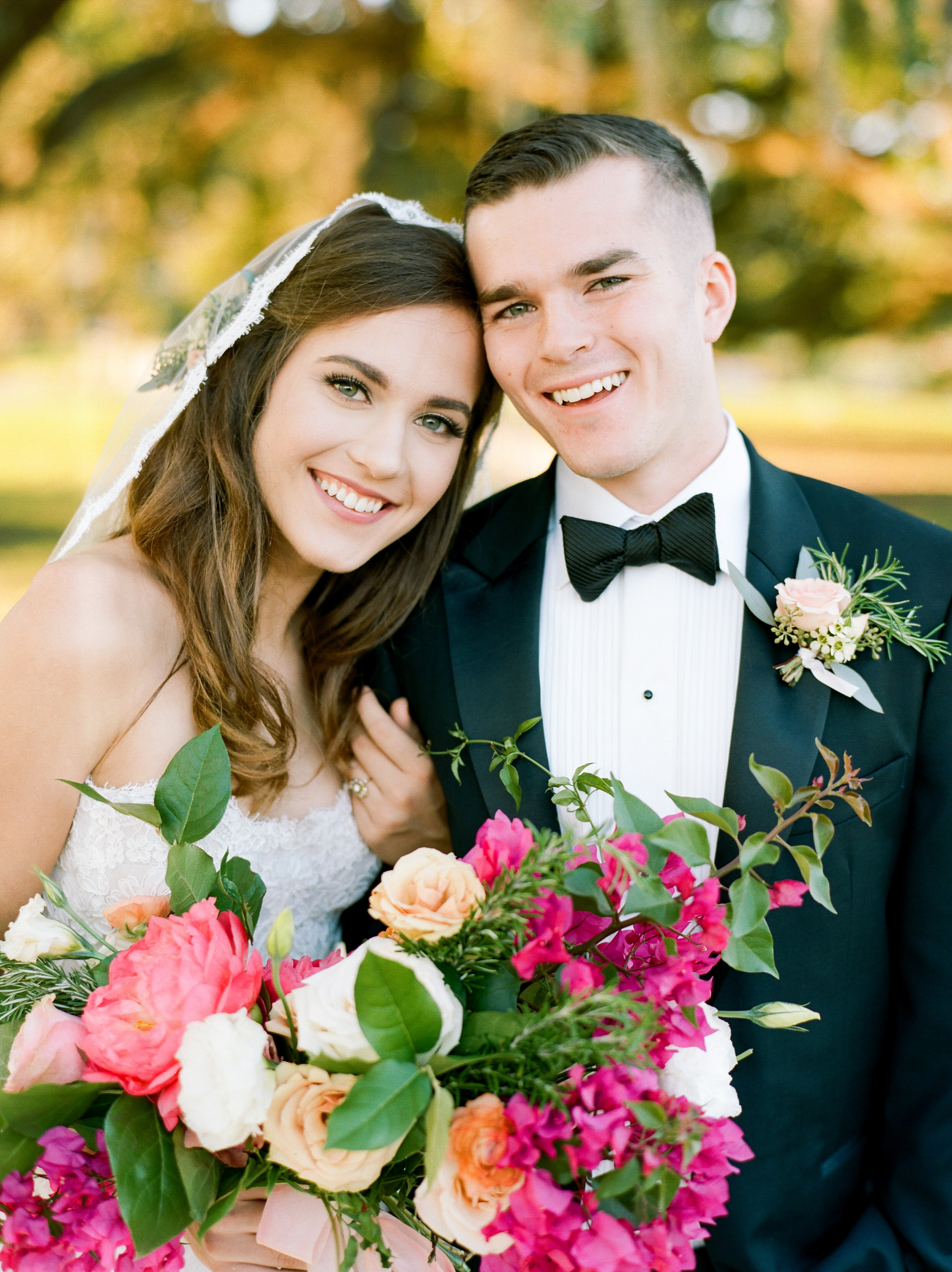 Top-Houston-Wedding-Photographer-Dana-Fernandez-Photography-The-Clubs-At-Houston-Oaks-Country-Club-Belle-Events-Film-Fine-Art-Destination-11.jpg