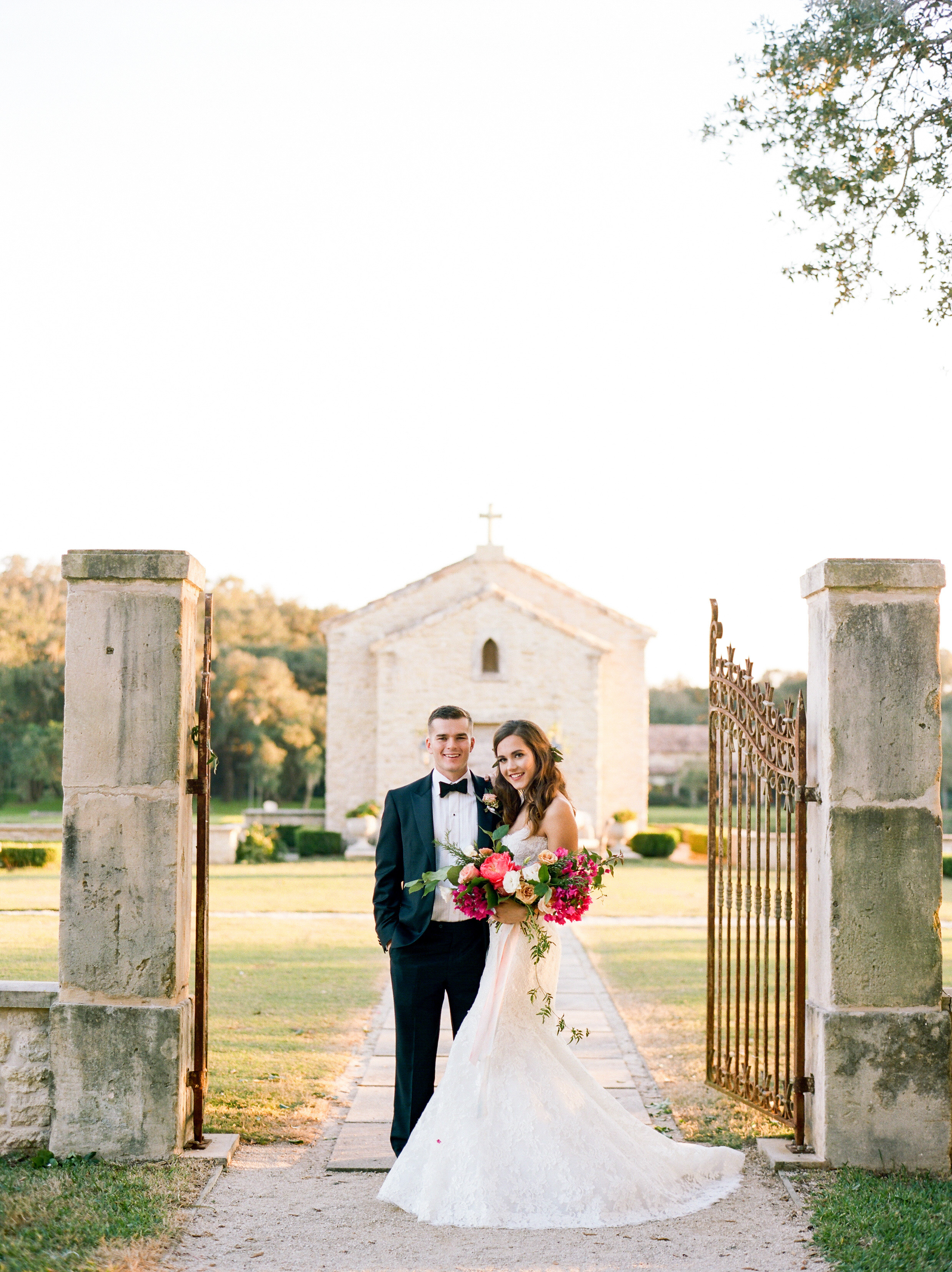 Top-Houston-Wedding-Photographer-Dana-Fernandez-Photography-The-Clubs-At-Houston-Oaks-Country-Club-Belle-Events-Film-Fine-Art-Destination-12.jpg
