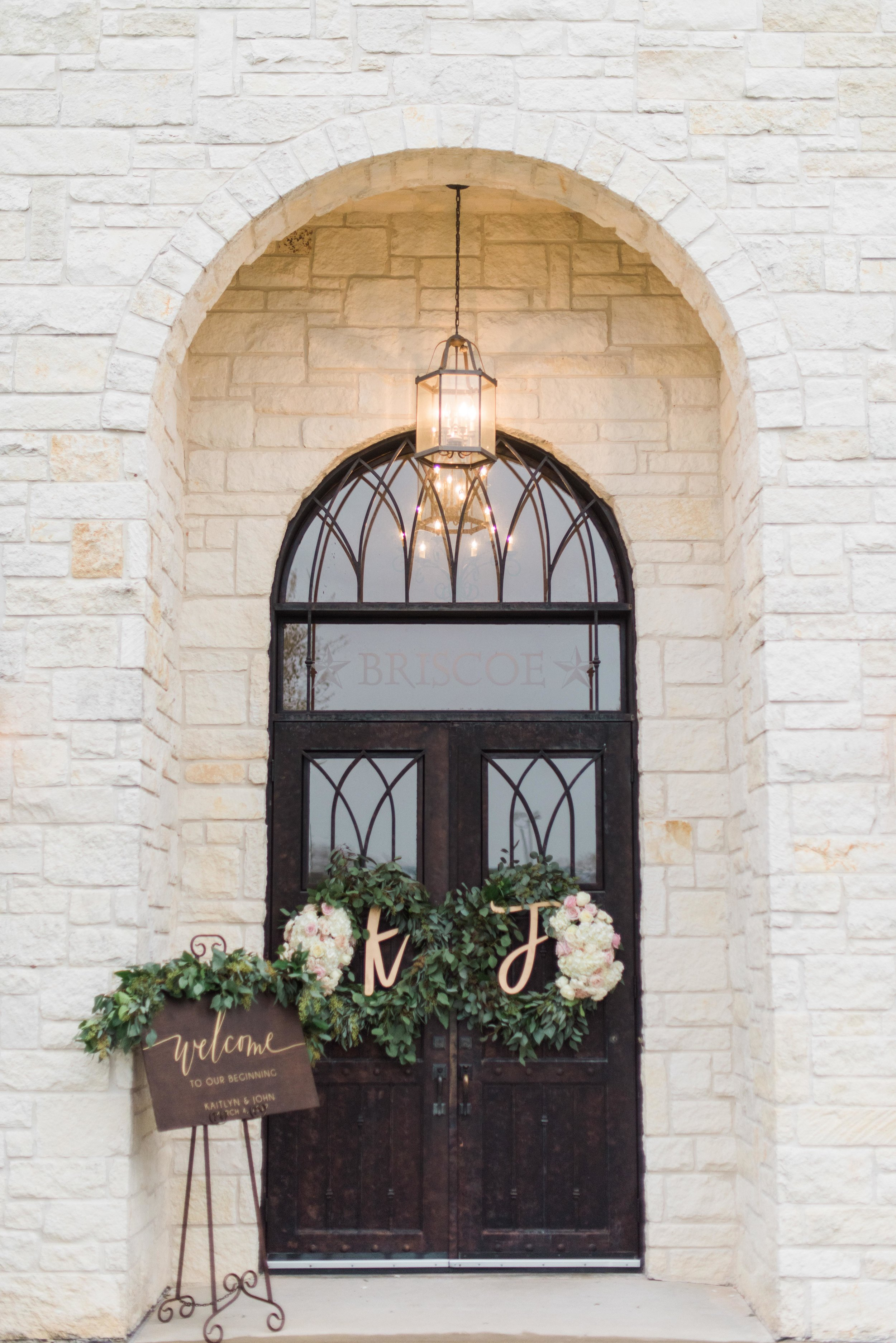 Briscoe-Manor-Houston-Wedding-Photographer-Modern-Luxury-Weddings-Dana-Fernandez-Photograpy-Fine-Art-Photographer-Houston-Film-Destination-PNW-Wedding-Photographer-3.jpg