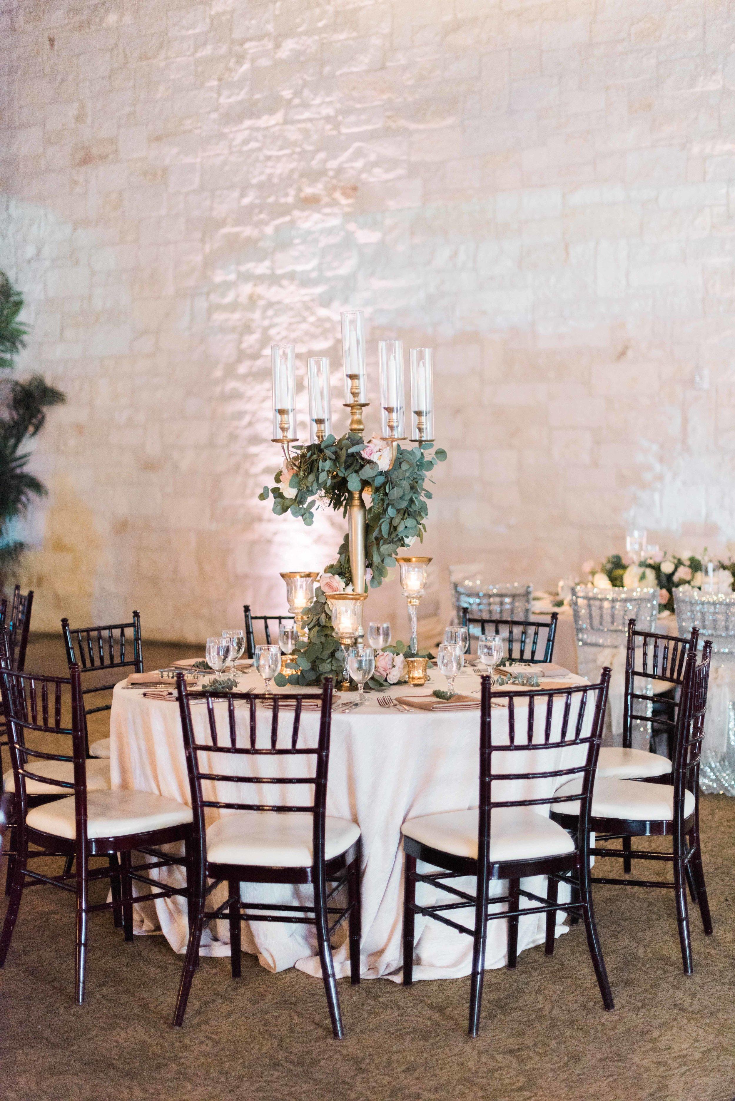 Briscoe-Manor-Houston-Wedding-Photographer-Modern-Luxury-Weddings-Dana-Fernandez-Photograpy-Fine-Art-Photographer-Houston-Film-Destination-PNW-Wedding-Photographer-14.jpg