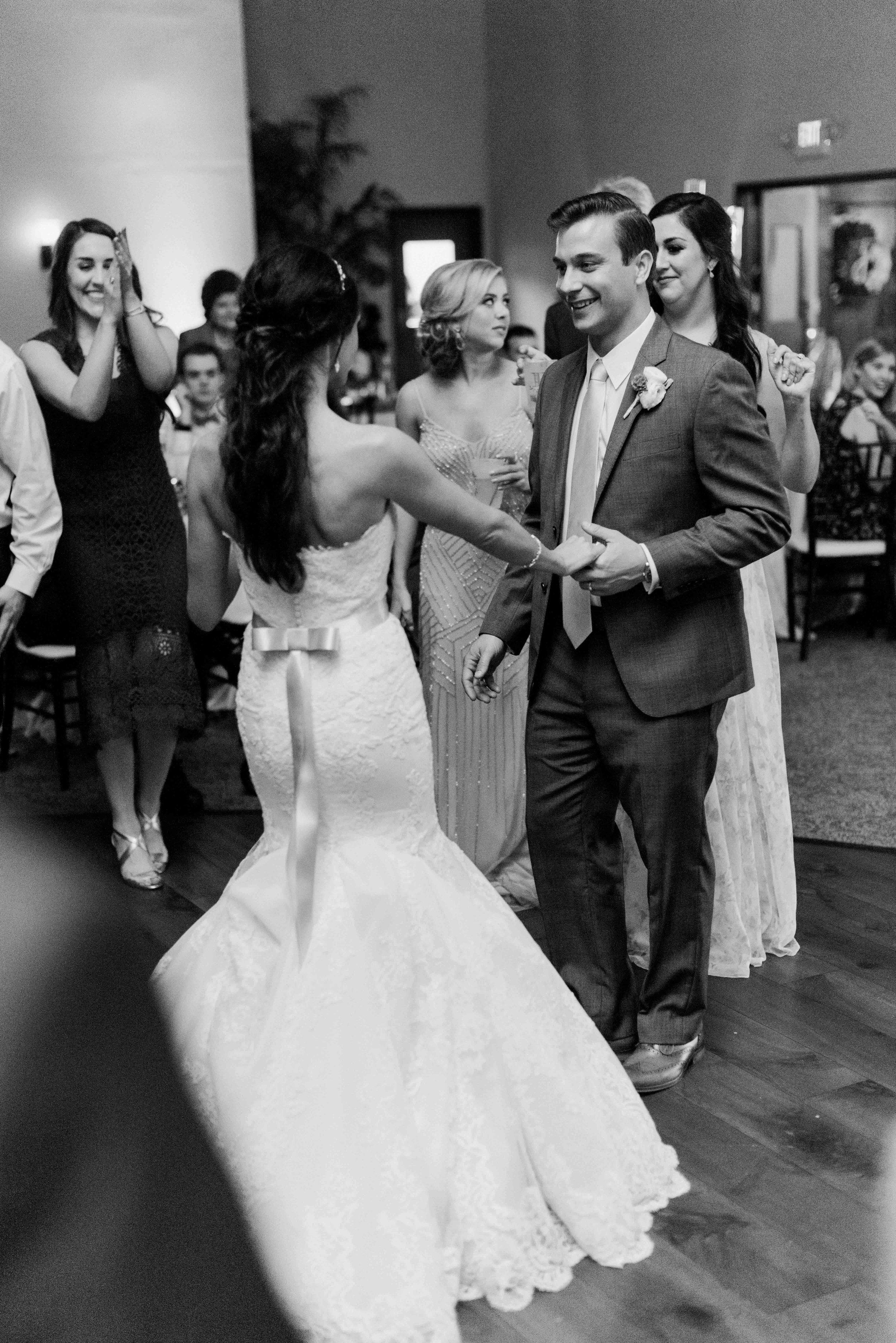 Briscoe-Manor-Houston-Wedding-Photographer-Modern-Luxury-Weddings-Dana-Fernandez-Photograpy-Fine-Art-Photographer-Houston-Film-Destination-PNW-Wedding-Photographer-17.jpg
