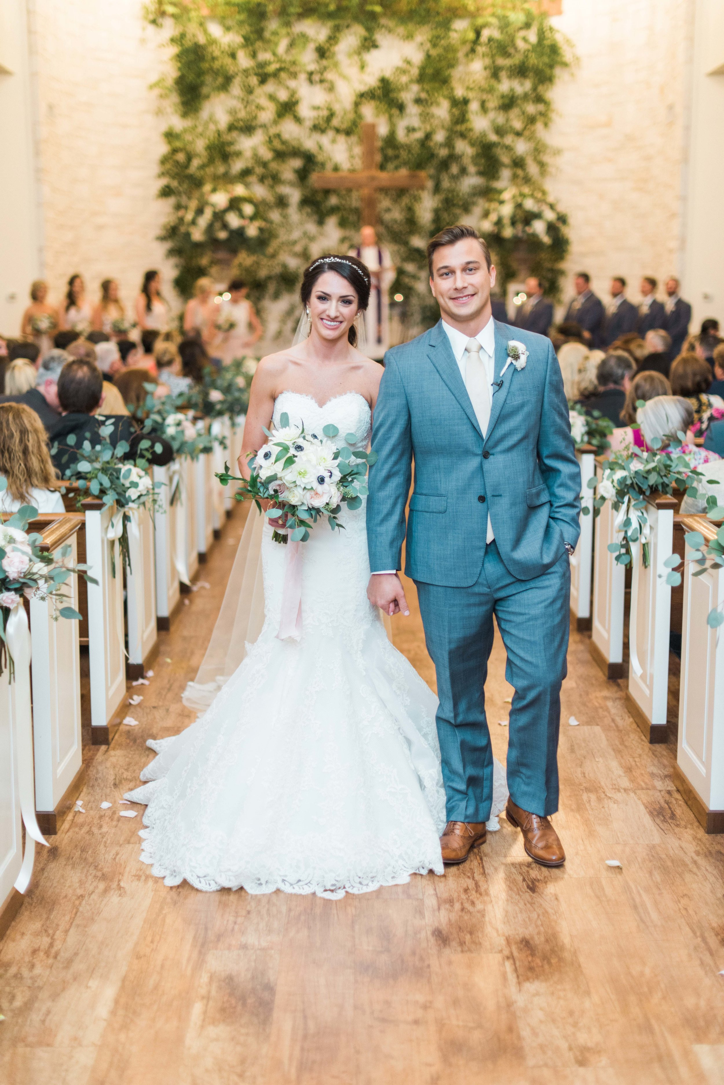 Briscoe-Manor-Houston-Wedding-Photographer-Modern-Luxury-Weddings-Dana-Fernandez-Photograpy-Fine-Art-Photographer-Houston-Film-Destination-PNW-Wedding-Photographer-21.jpg