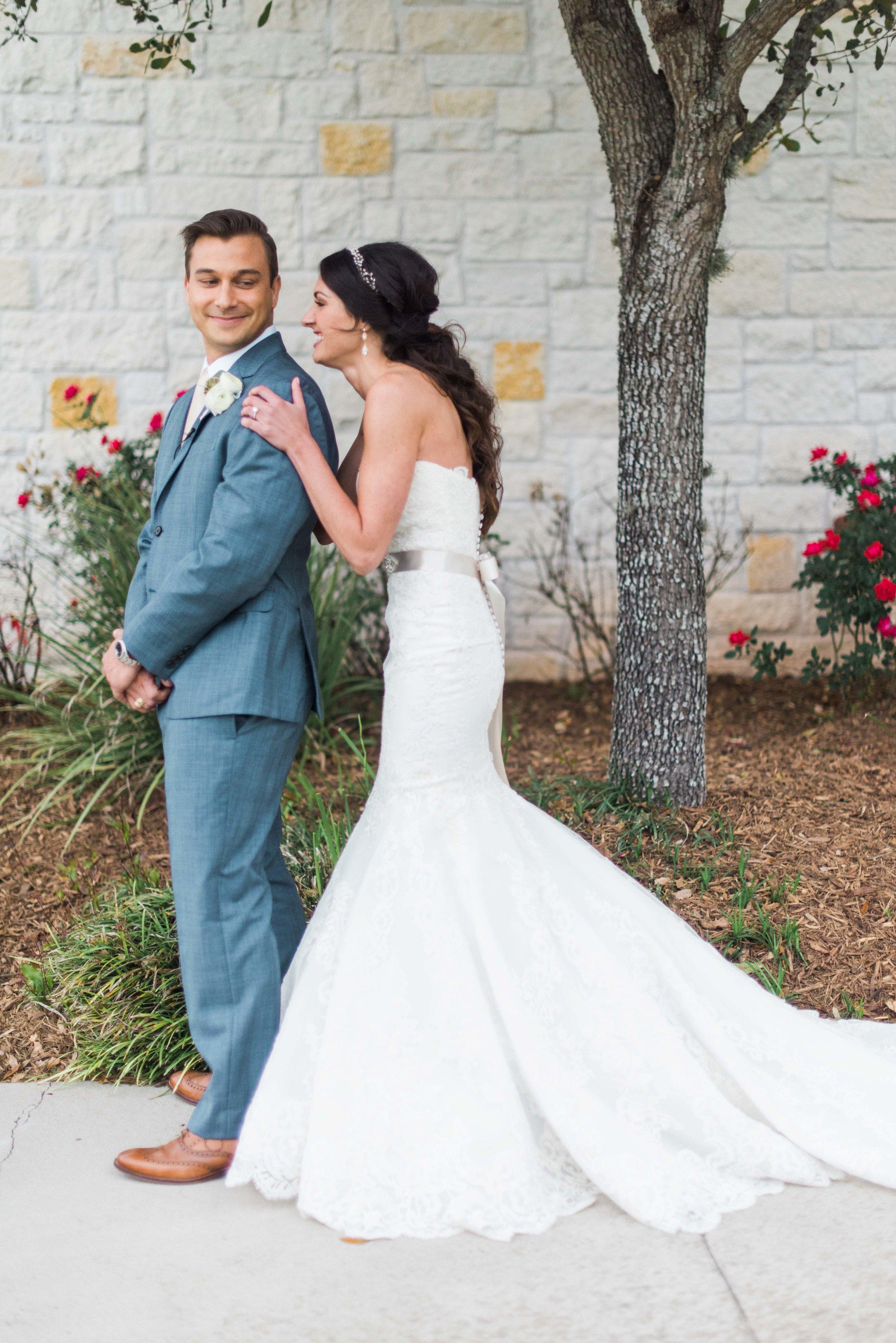 Briscoe-Manor-Houston-Wedding-Photographer-Modern-Luxury-Weddings-Dana-Fernandez-Photograpy-Fine-Art-Photographer-Houston-Film-Destination-PNW-Wedding-Photographer-23.jpg