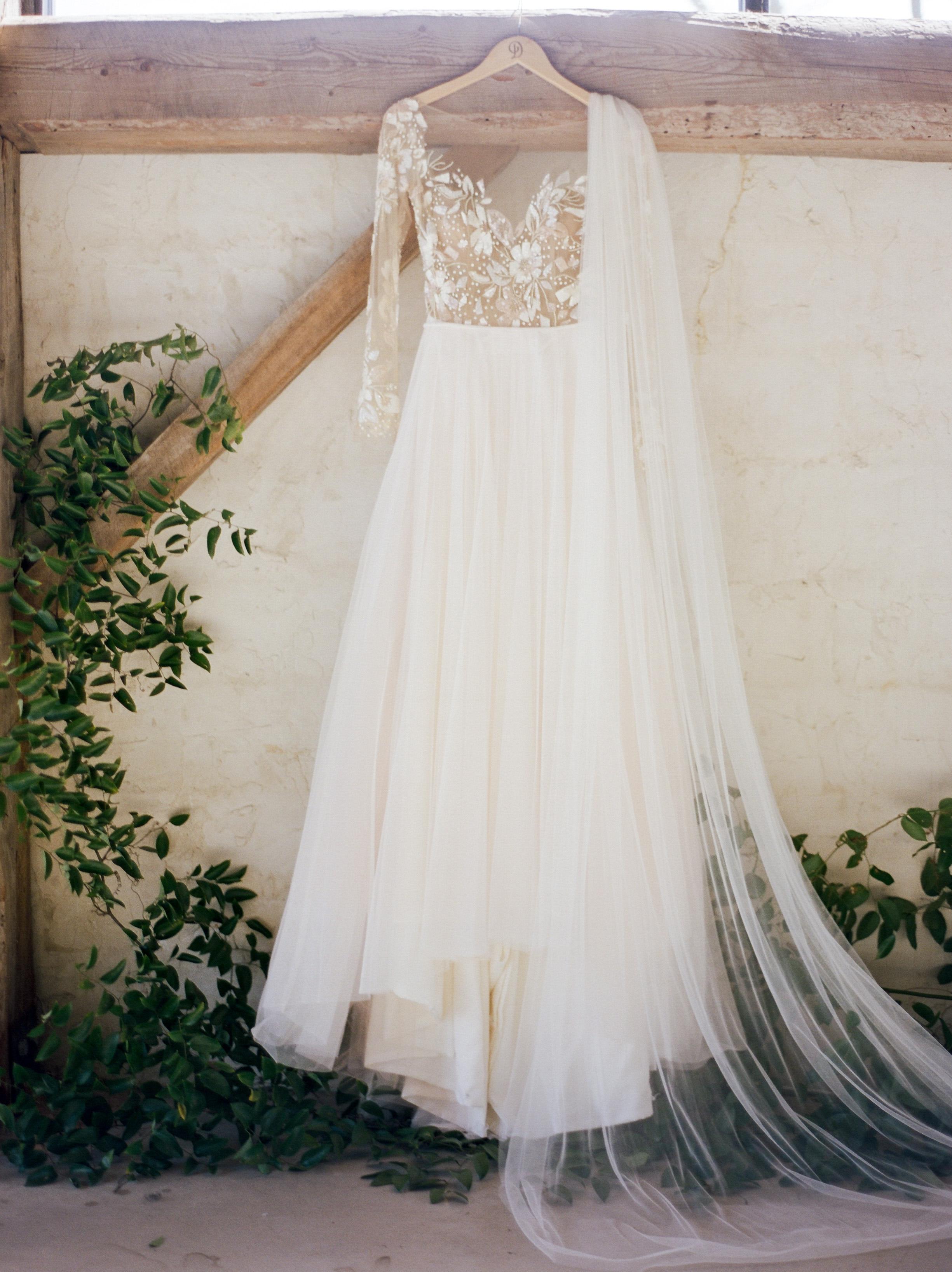 The-Knot-50-Weddings-50-States-Texas-Winner-Dana-Fernandez-photography-houston-wedding-photographer-film-fine-art-destination-5.jpg