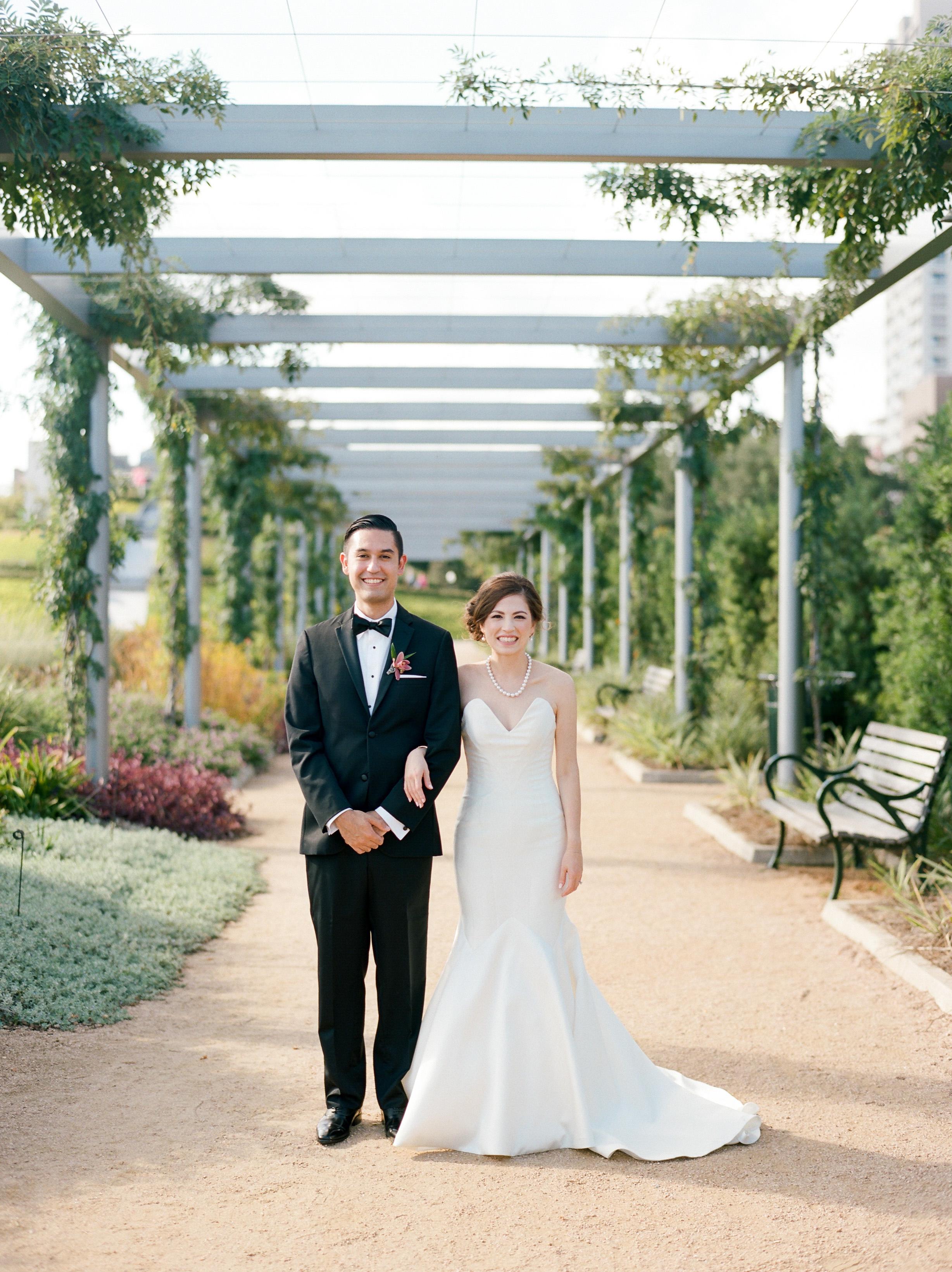 The-Knot-Texas-Magazine-Wedding-Top-Best-Houston-Wedding-Photographer-Fine-Art-Film-Dana-Fernandez-Photography-117.jpg