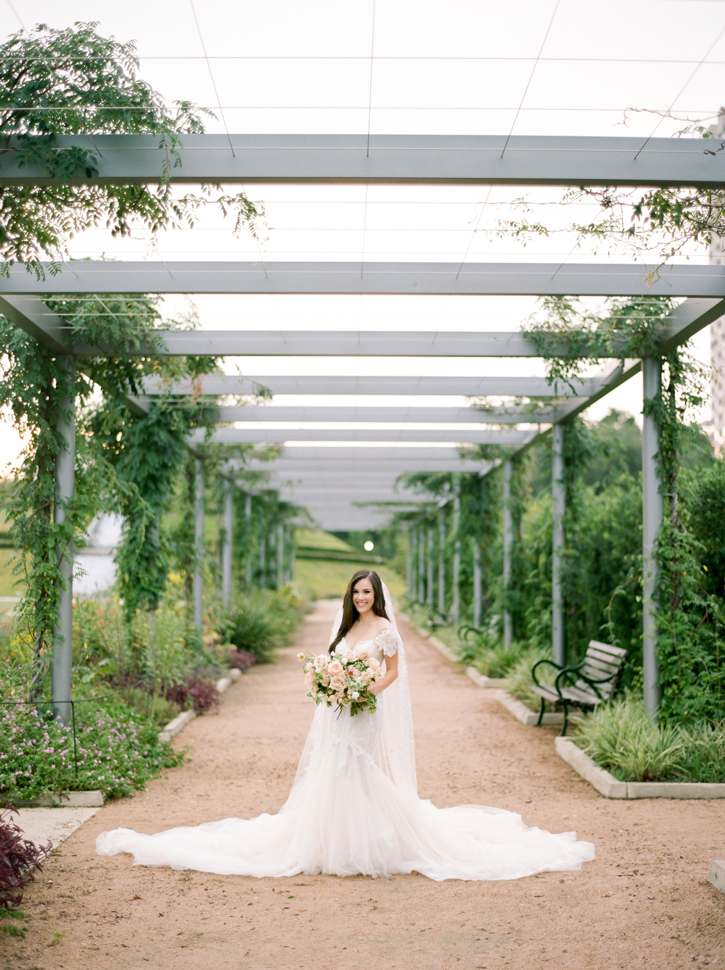 Fine-Art-Film-Houston-Wedding-Photographer-Best-Top-Luxury-Texas-Austin-Dallas-Destination-Dana-Fernandez-Photography-Portrait-Bridals-McGovern-Centennial-Gardens-1.jpg