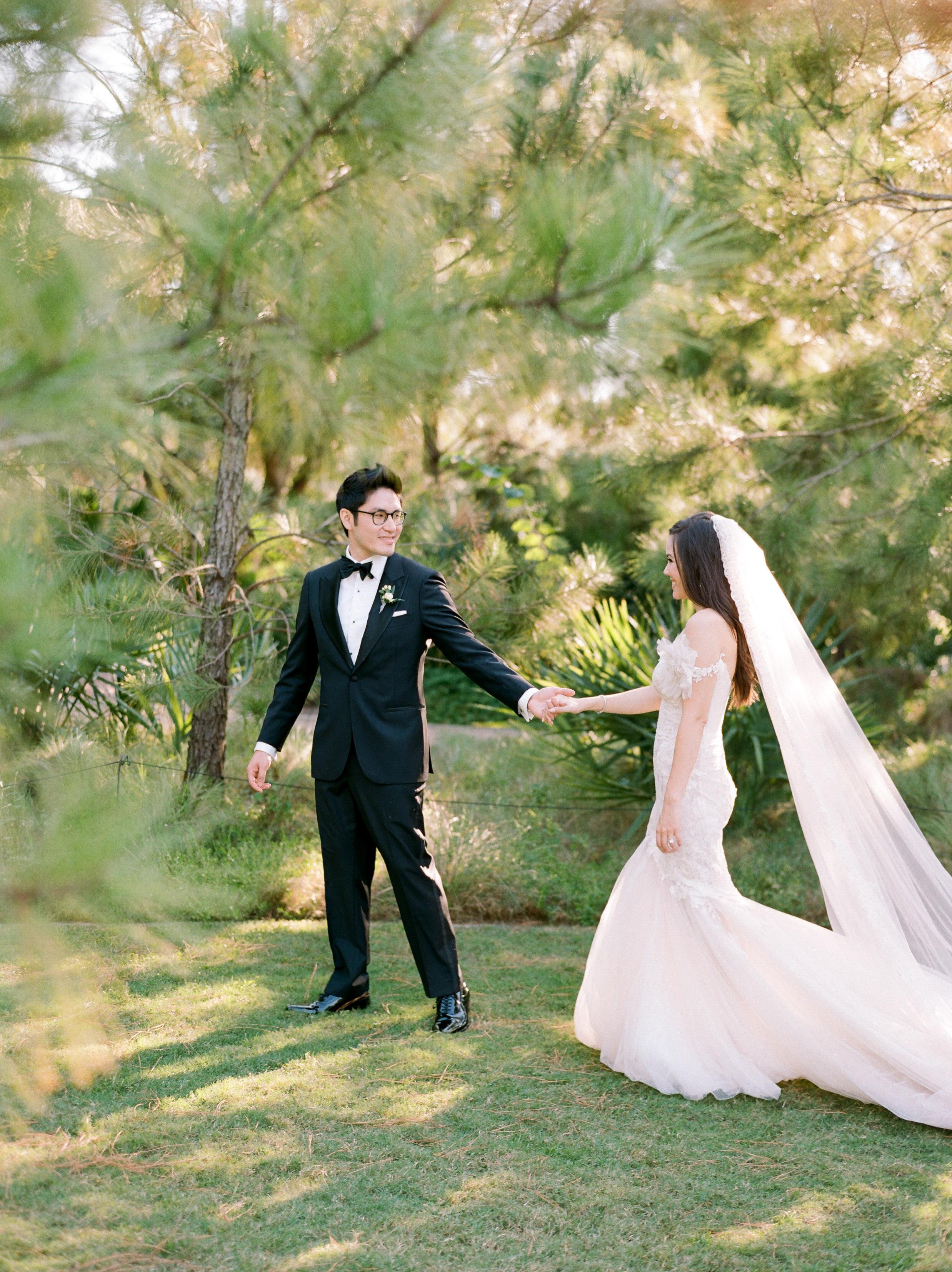 Martha-Stewart-Wedding-Dana-Fernandez-Photography-Josh-Texas-Film-Houston-Wedding-Fine-Art-Photographer-McGovern-Centennial-Gardens-Top-Best-42.jpg