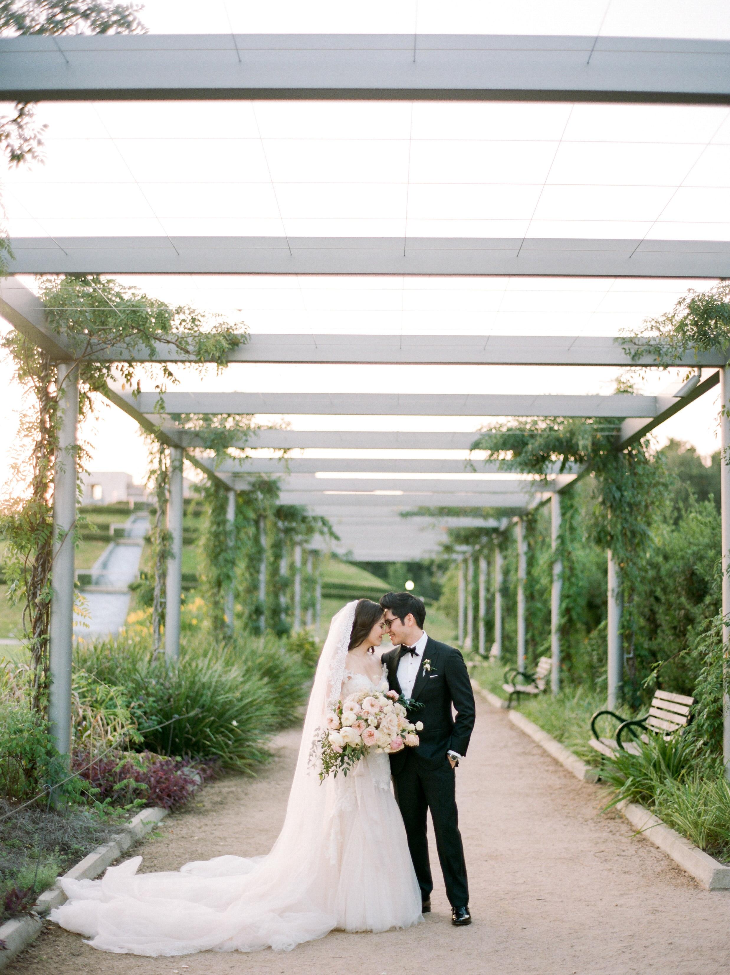 Martha-Stewart-Wedding-Dana-Fernandez-Photography-Josh-Texas-Film-Houston-Wedding-Fine-Art-Photographer-McGovern-Centennial-Gardens-Top-Best-66.jpg