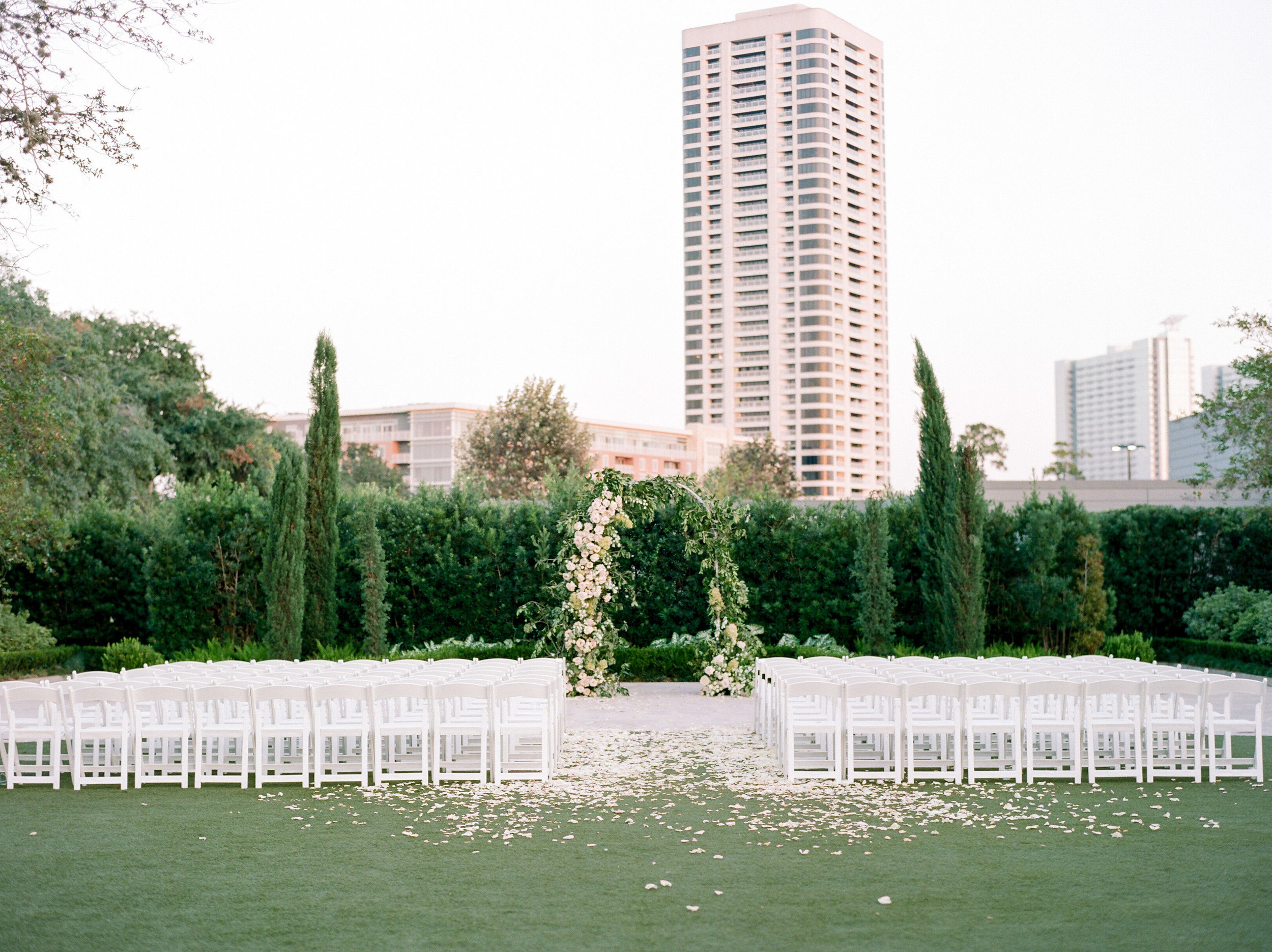 Martha-Stewart-Wedding-Dana-Fernandez-Photography-Josh-Texas-Film-Houston-Wedding-Fine-Art-Photographer-McGovern-Centennial-Gardens-Top-Best-106.jpg