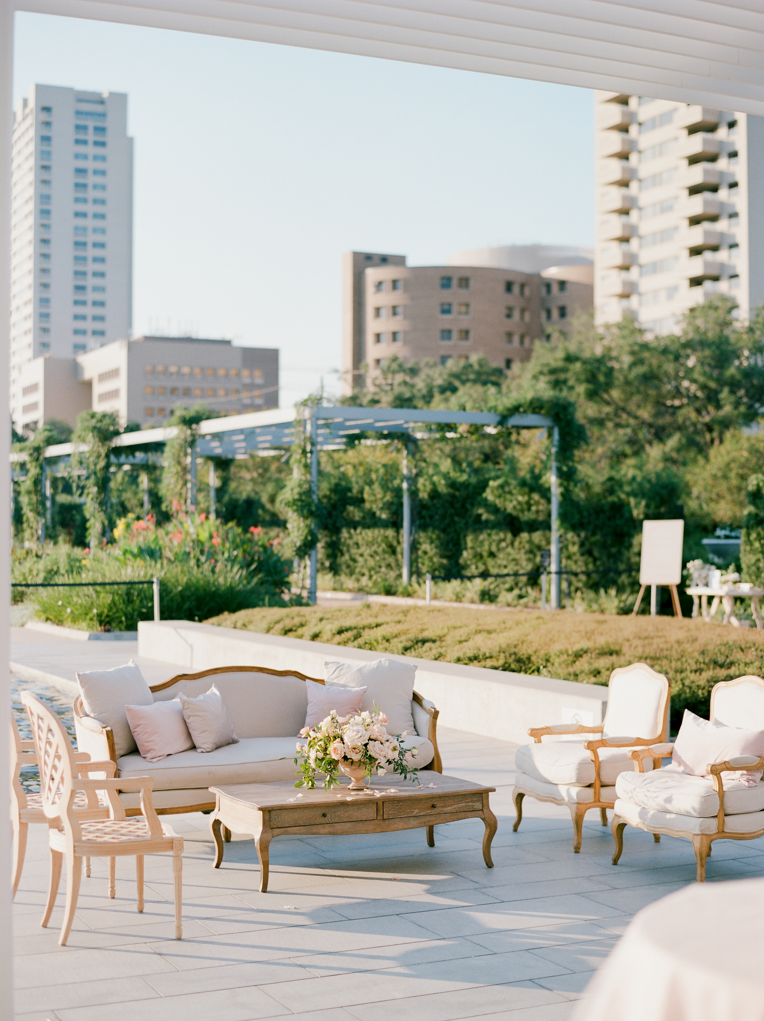 Martha-Stewart-Wedding-Dana-Fernandez-Photography-Josh-Texas-Film-Houston-Wedding-Fine-Art-Photographer-McGovern-Centennial-Gardens-Top-Best-84.jpg