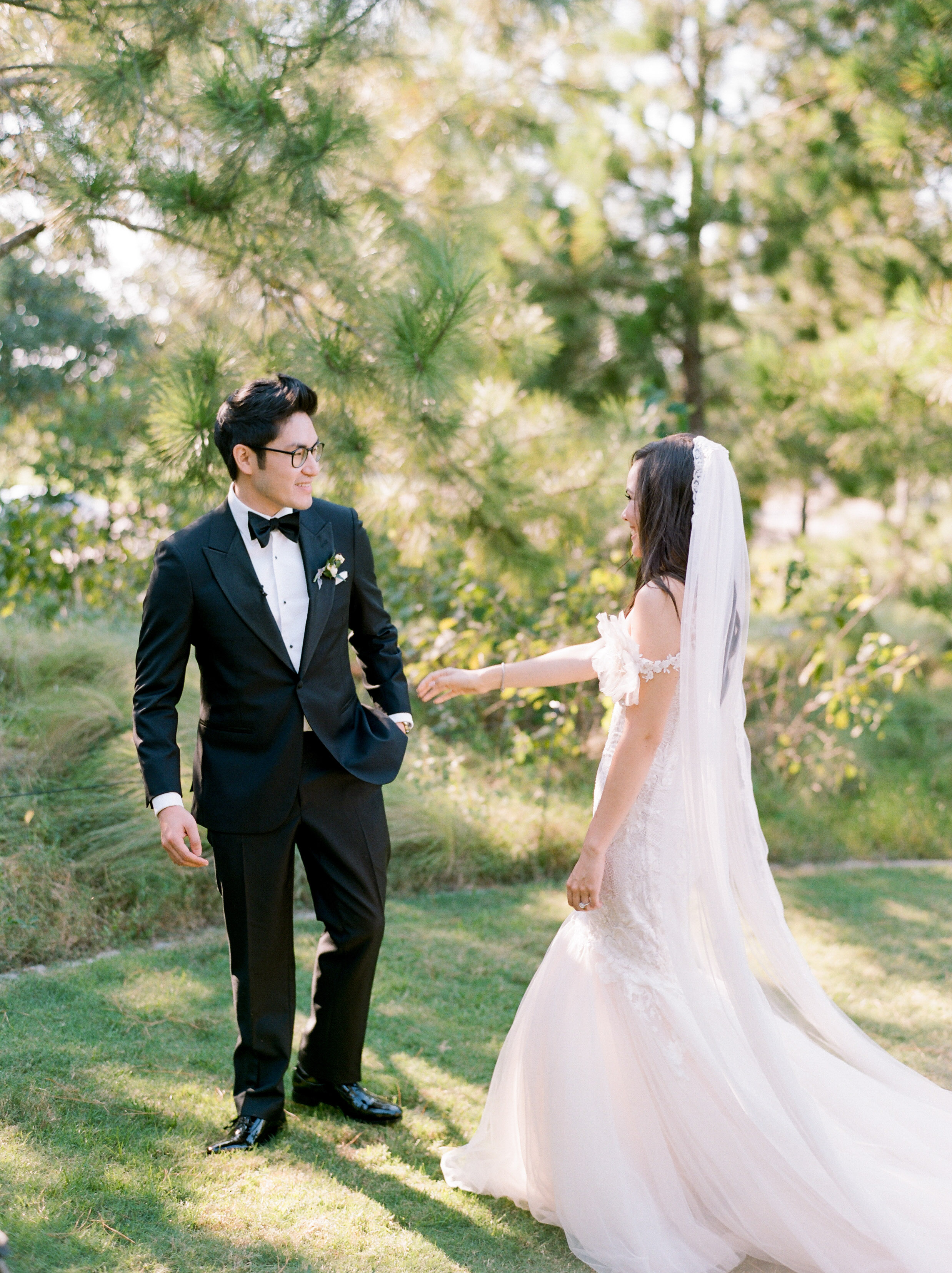 Martha-Stewart-Wedding-Dana-Fernandez-Photography-Josh-Texas-Film-Houston-Wedding-Fine-Art-Photographer-McGovern-Centennial-Gardens-Top-Best-161.jpg