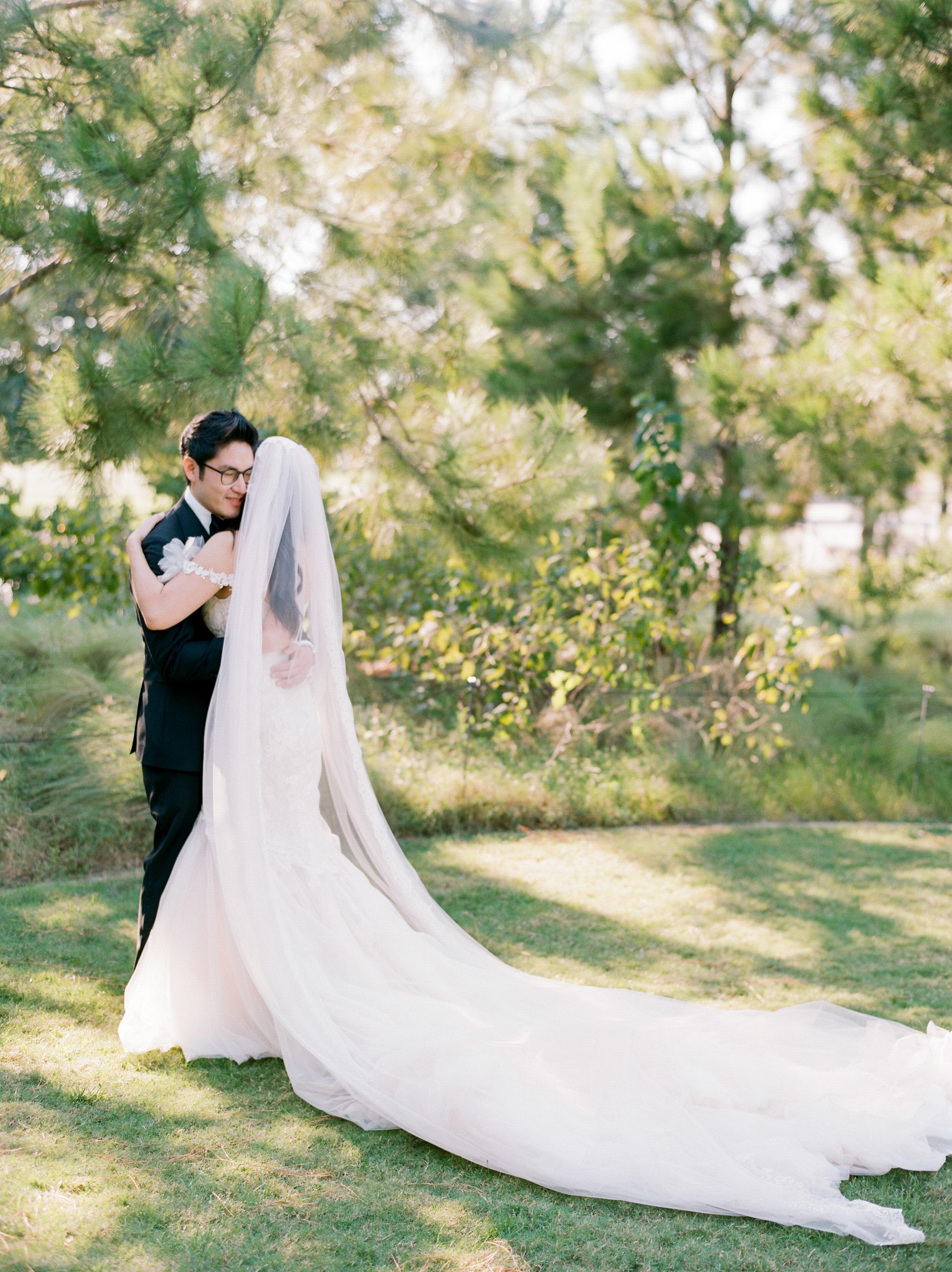 Martha-Stewart-Wedding-Dana-Fernandez-Photography-Josh-Texas-Film-Houston-Wedding-Fine-Art-Photographer-McGovern-Centennial-Gardens-Top-Best-164.jpg